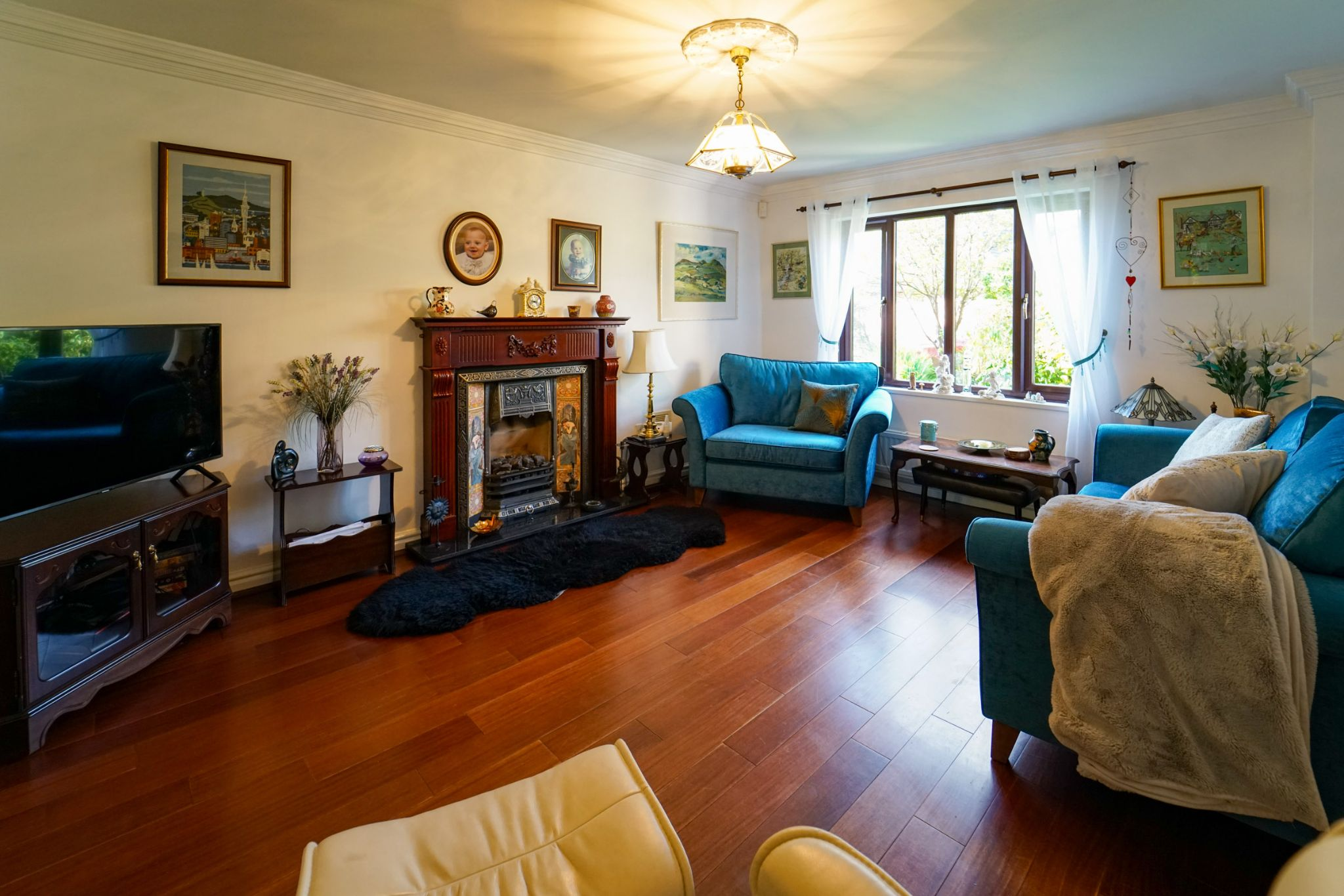 5 bedroom detached house For Sale in Bolton - Photograph 24
