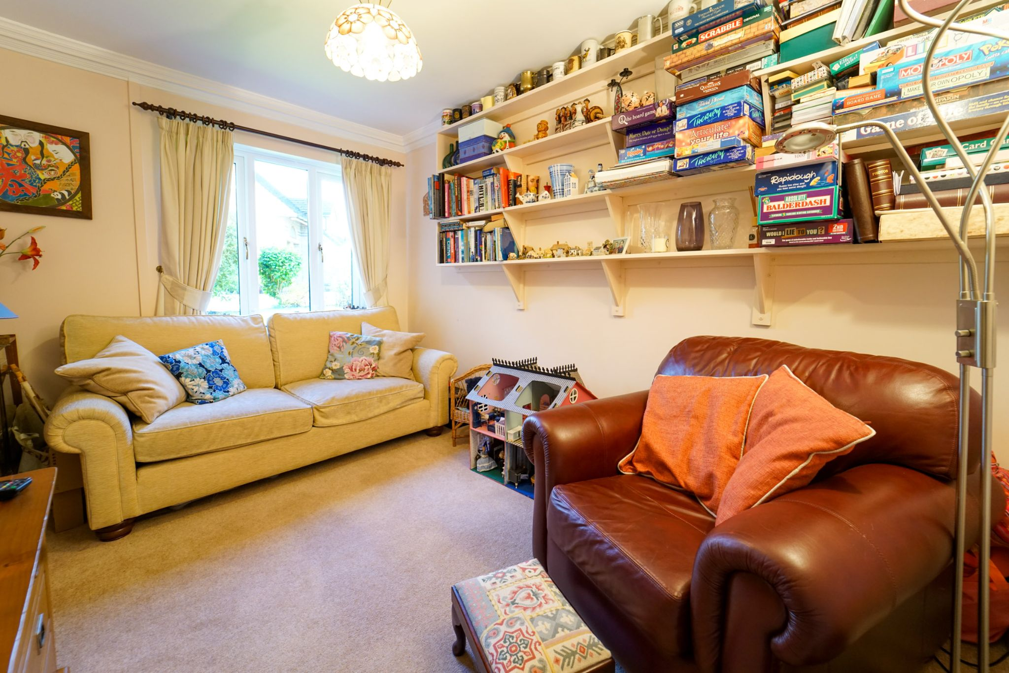 5 bedroom detached house For Sale in Bolton - Photograph 9