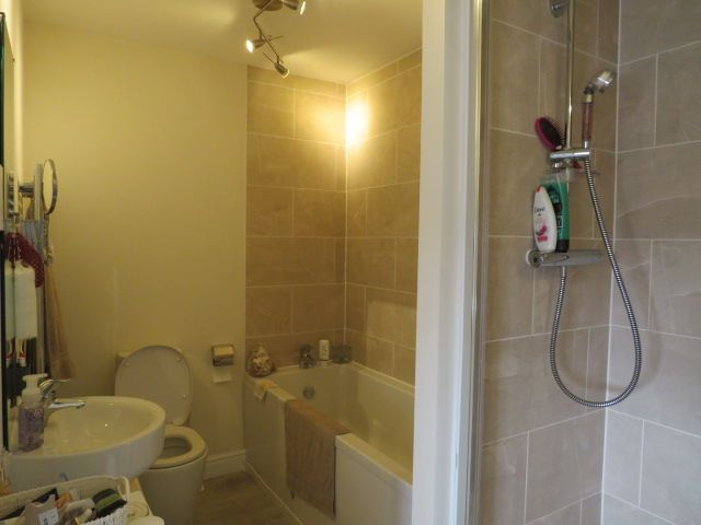 2 bedroom apartment flat/apartment in Chorley - Photograph 10.