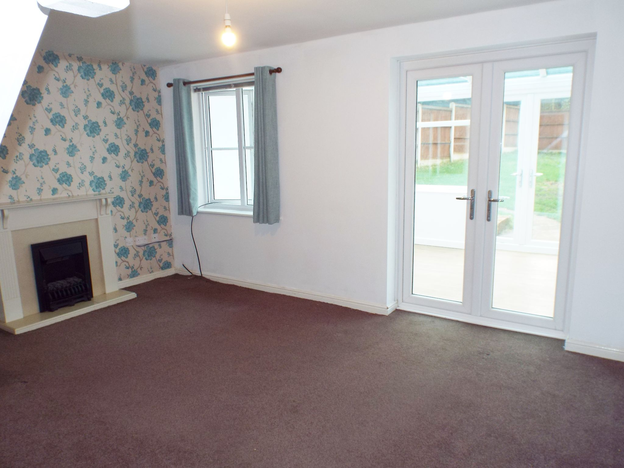 2 bedroom mews house in Chorley - Lounge.