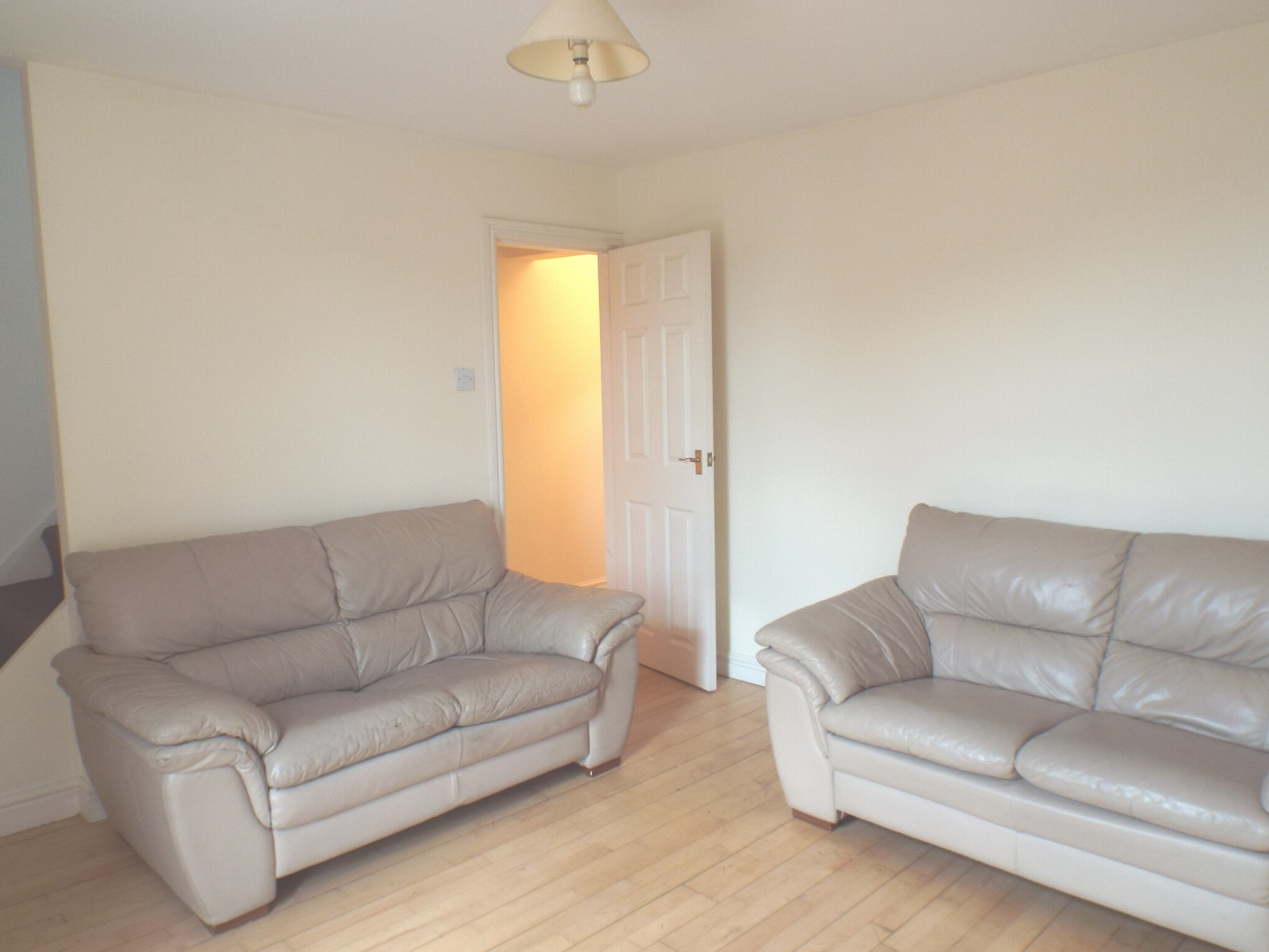 1 bedroom apartment flat/apartment in Chorley - Photograph 2.