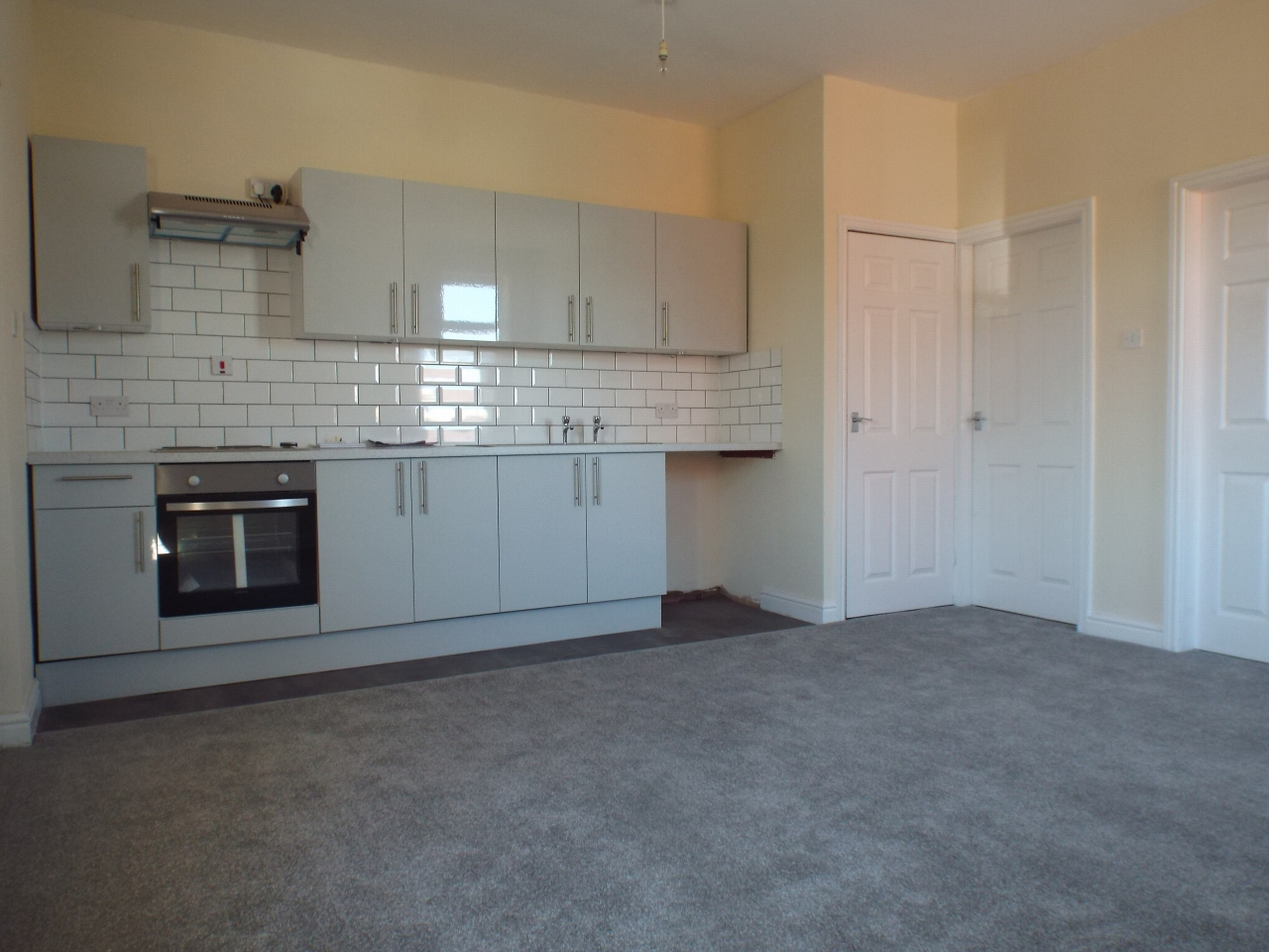 2 bedroom apartment flat/apartment in Chorley - Photograph 5.
