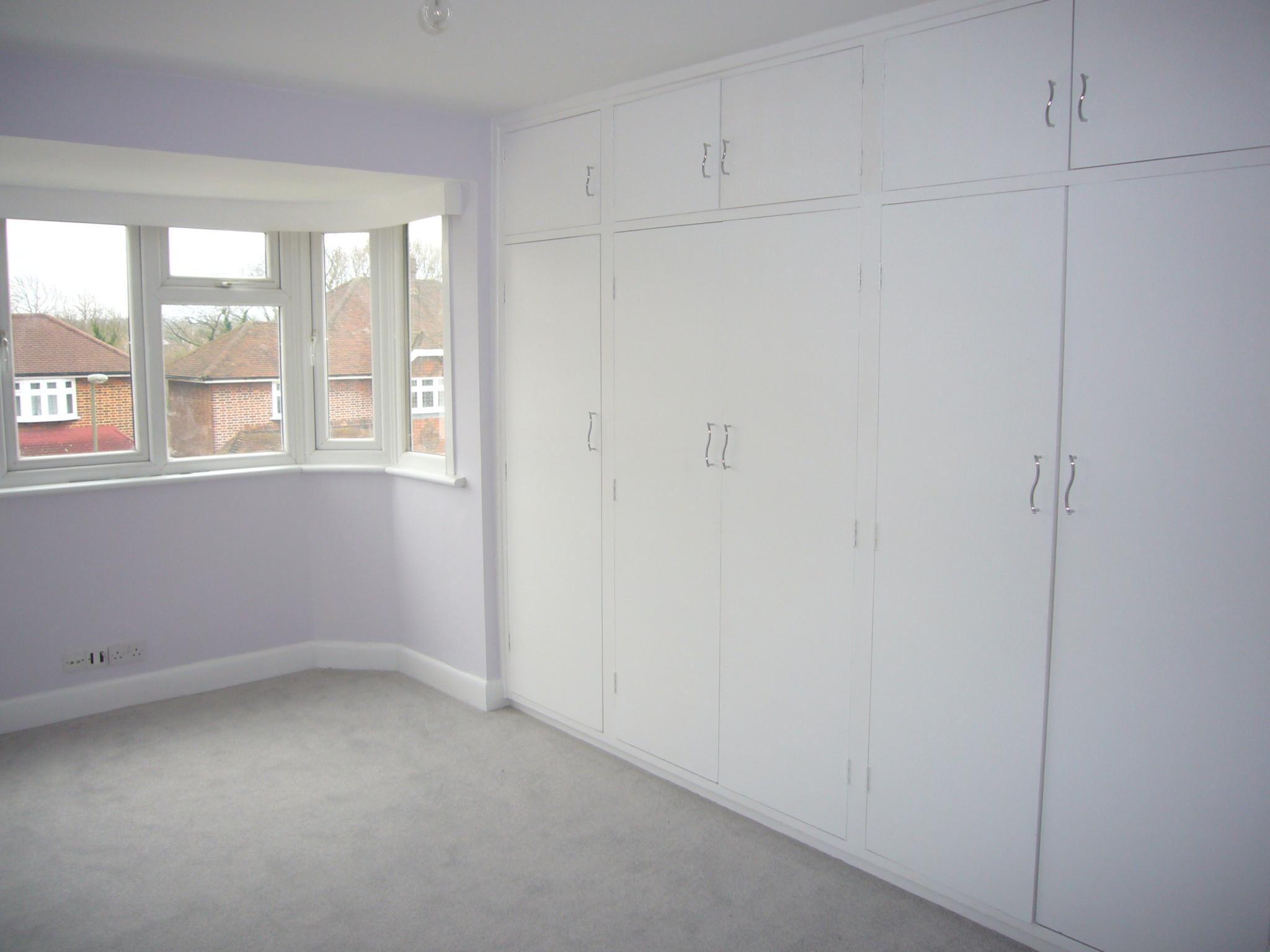 3 bedroom semi-detached house Let Agreed in Epsom - Photograph 10.