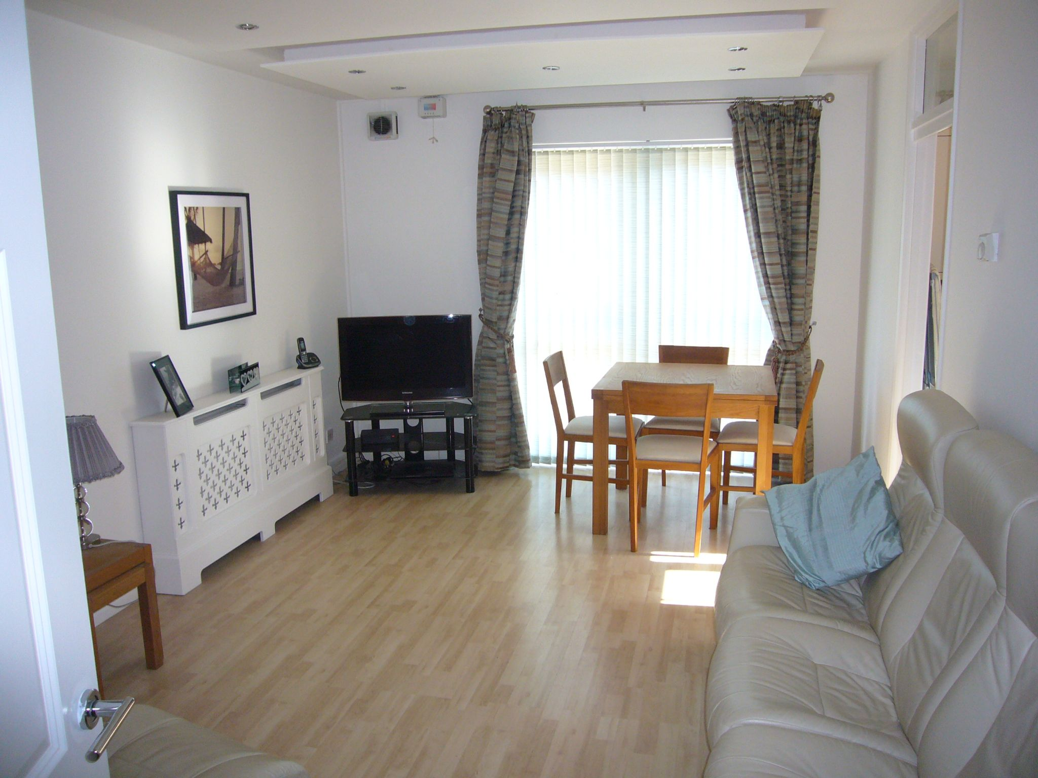 2 bedroom apartment flat/apartment Let Agreed in Sutton - Photograph 3.