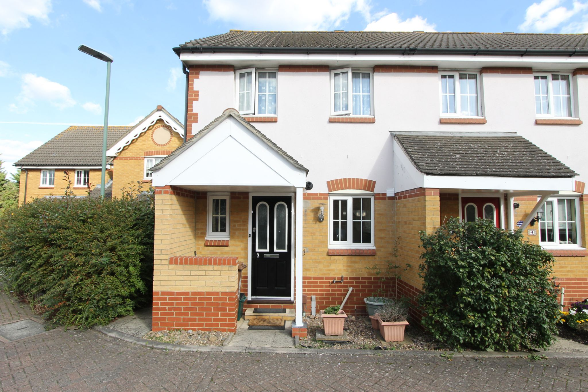 2 bedroom end terraced house Let Agreed in Sutton - Photograph 1.