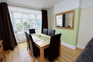 3 bedroom semi-detached house Under Offer in Carshalton - Photograph 3.