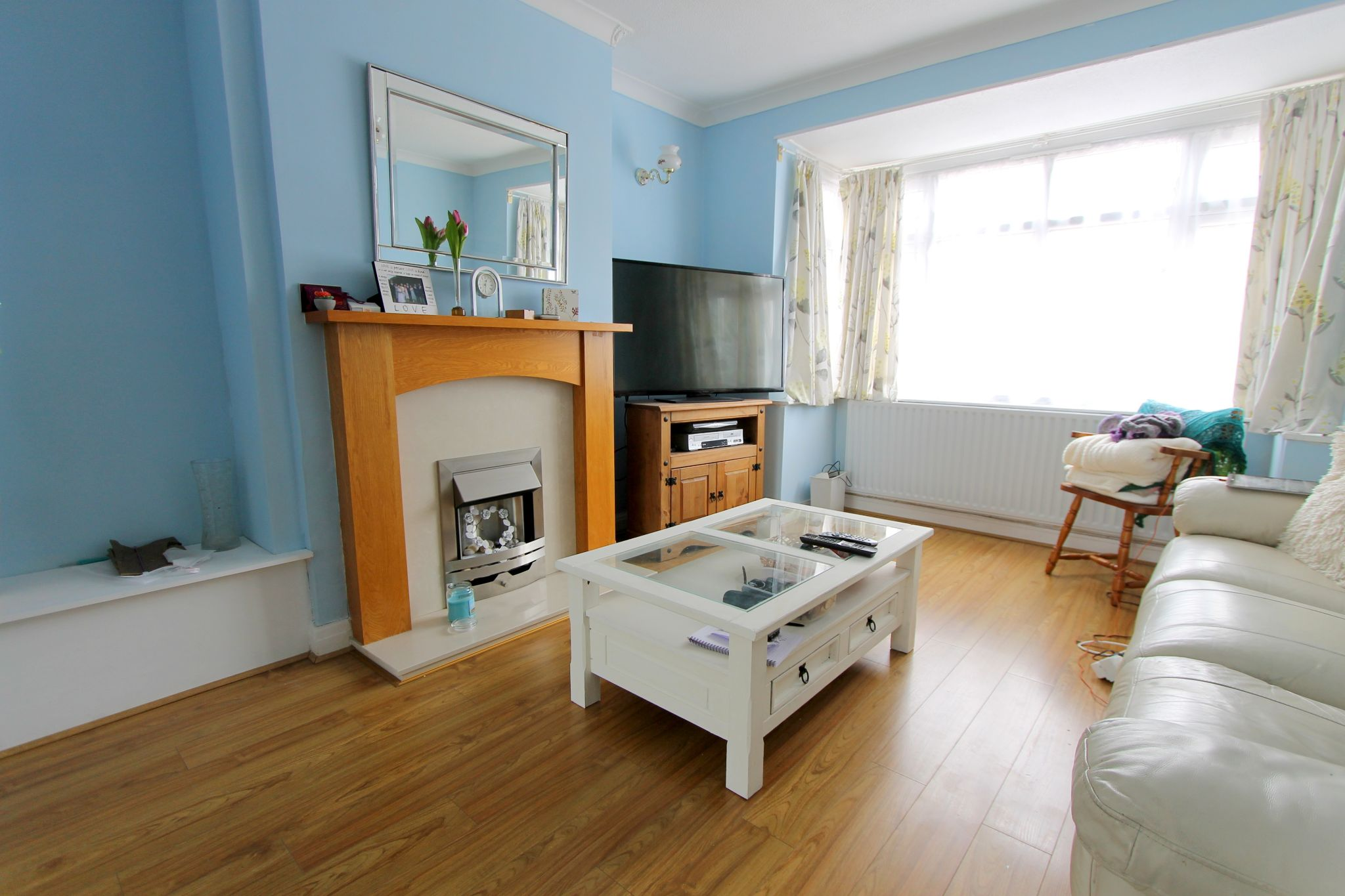 3 bedroom mid terraced house To Let in Sutton - Photograph 2.