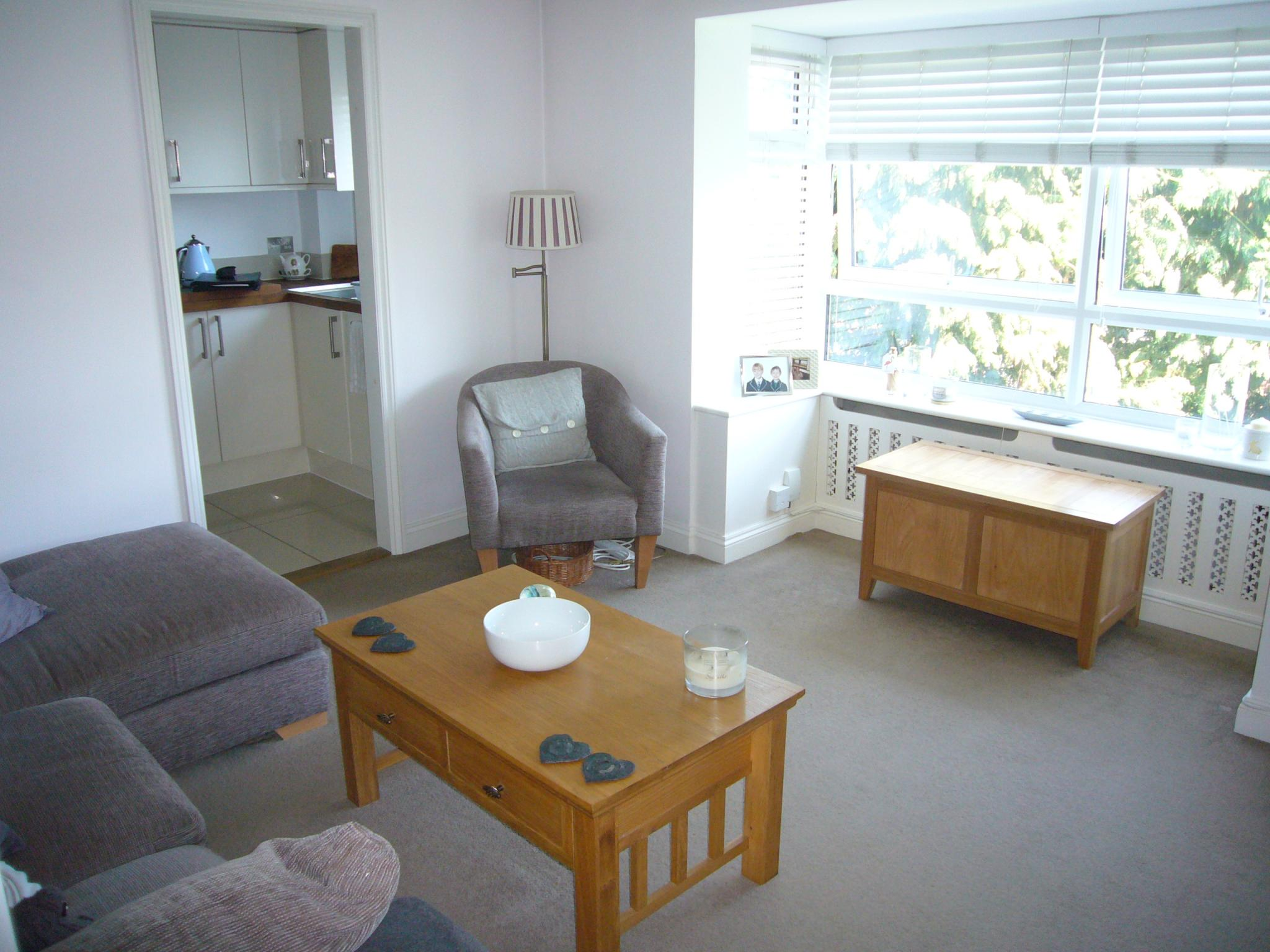 2 bedroom apartment flat/apartment Let Agreed in Worcester Park - Photograph 4.