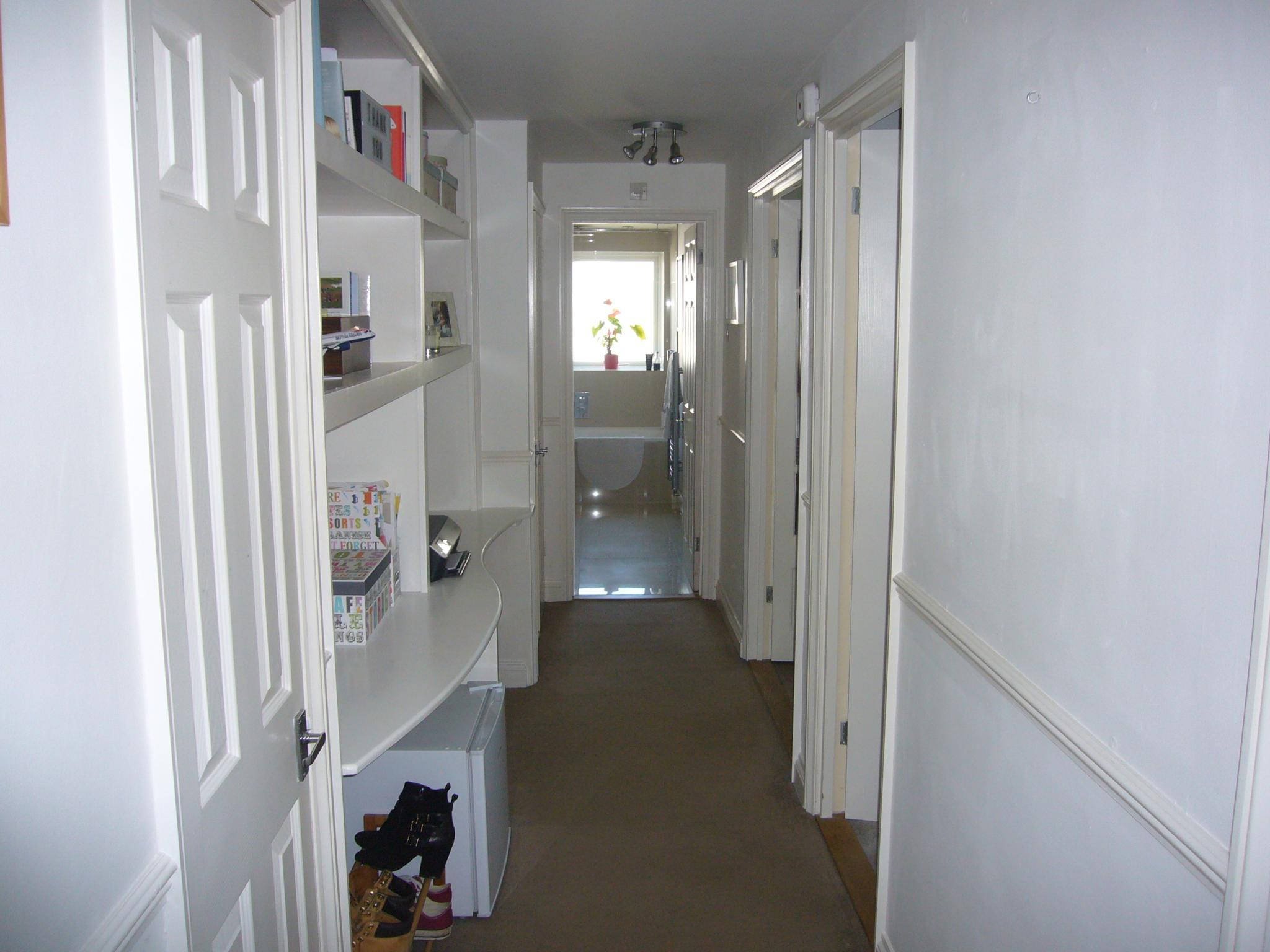 2 bedroom apartment flat/apartment Let Agreed in Worcester Park - Photograph 8.