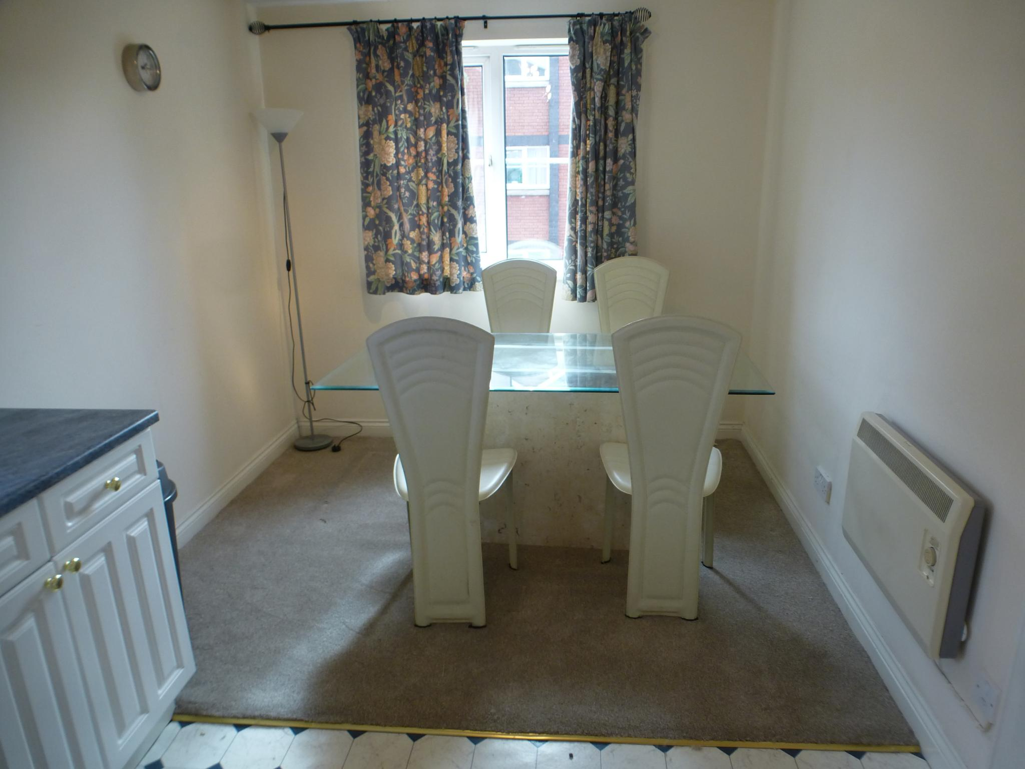 2 bedroom apartment flat/apartment To Let in Preston - Kitchen/DIner