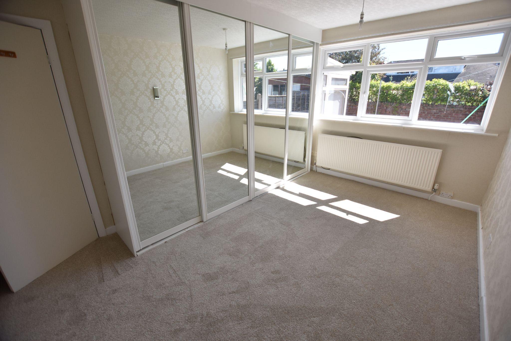 2 bedroom detached bungalow For Sale in Lytham St Annes - Bedroom 2