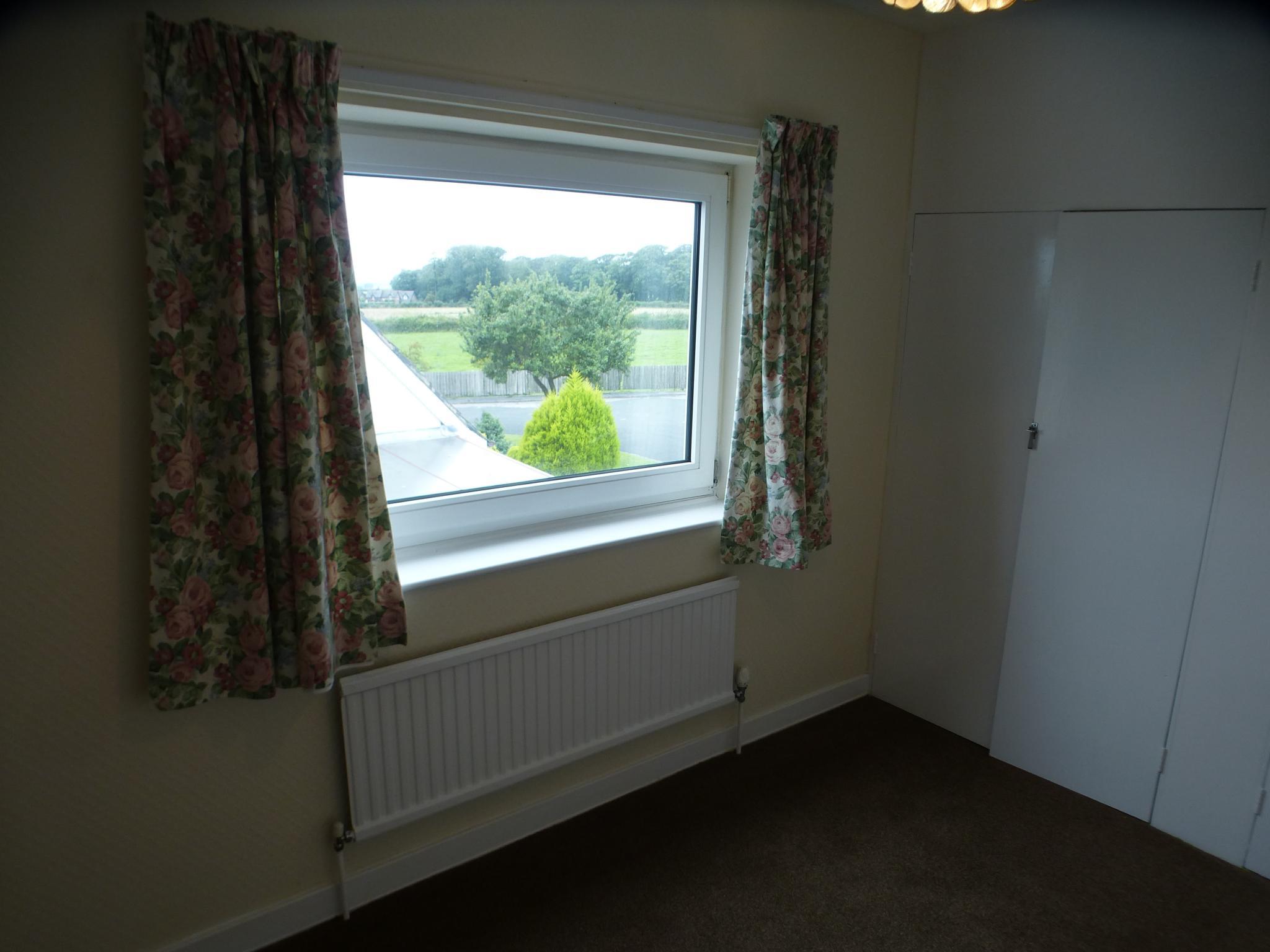 3 Bedroom Semi-detached House - Image 22