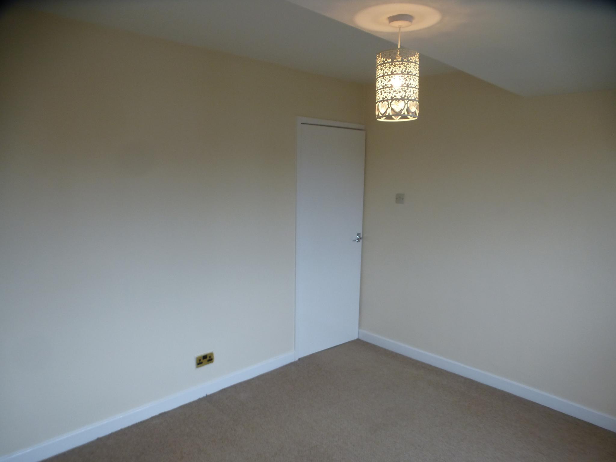 3 Bedroom Semi-detached House - Image 16