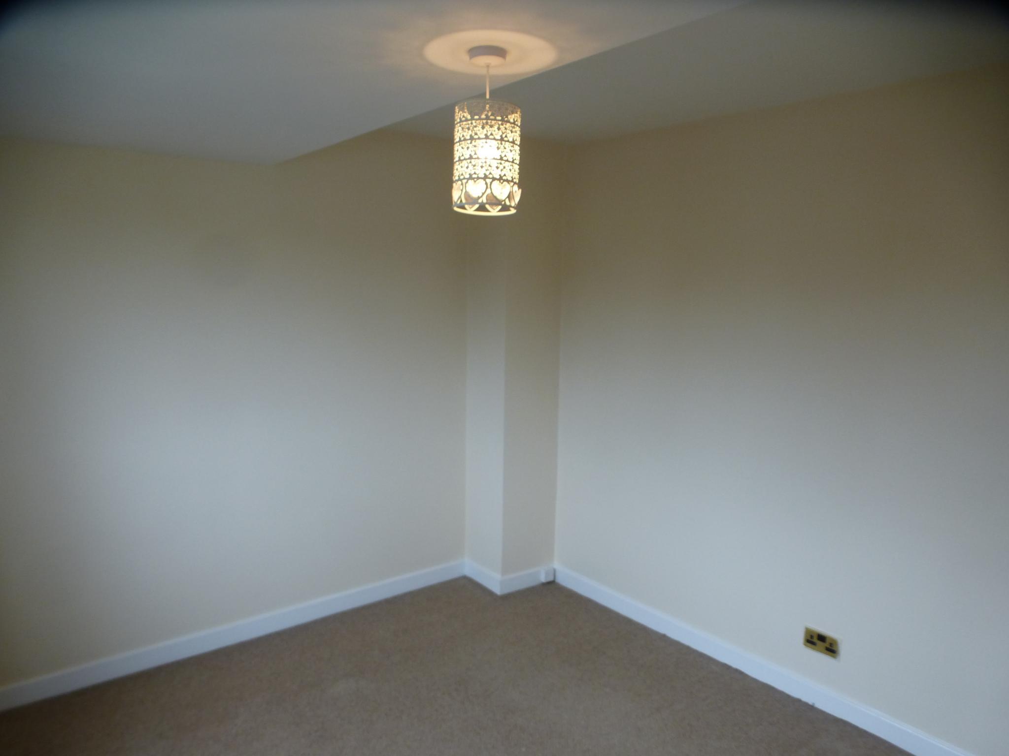 3 Bedroom Semi-detached House - Image 17