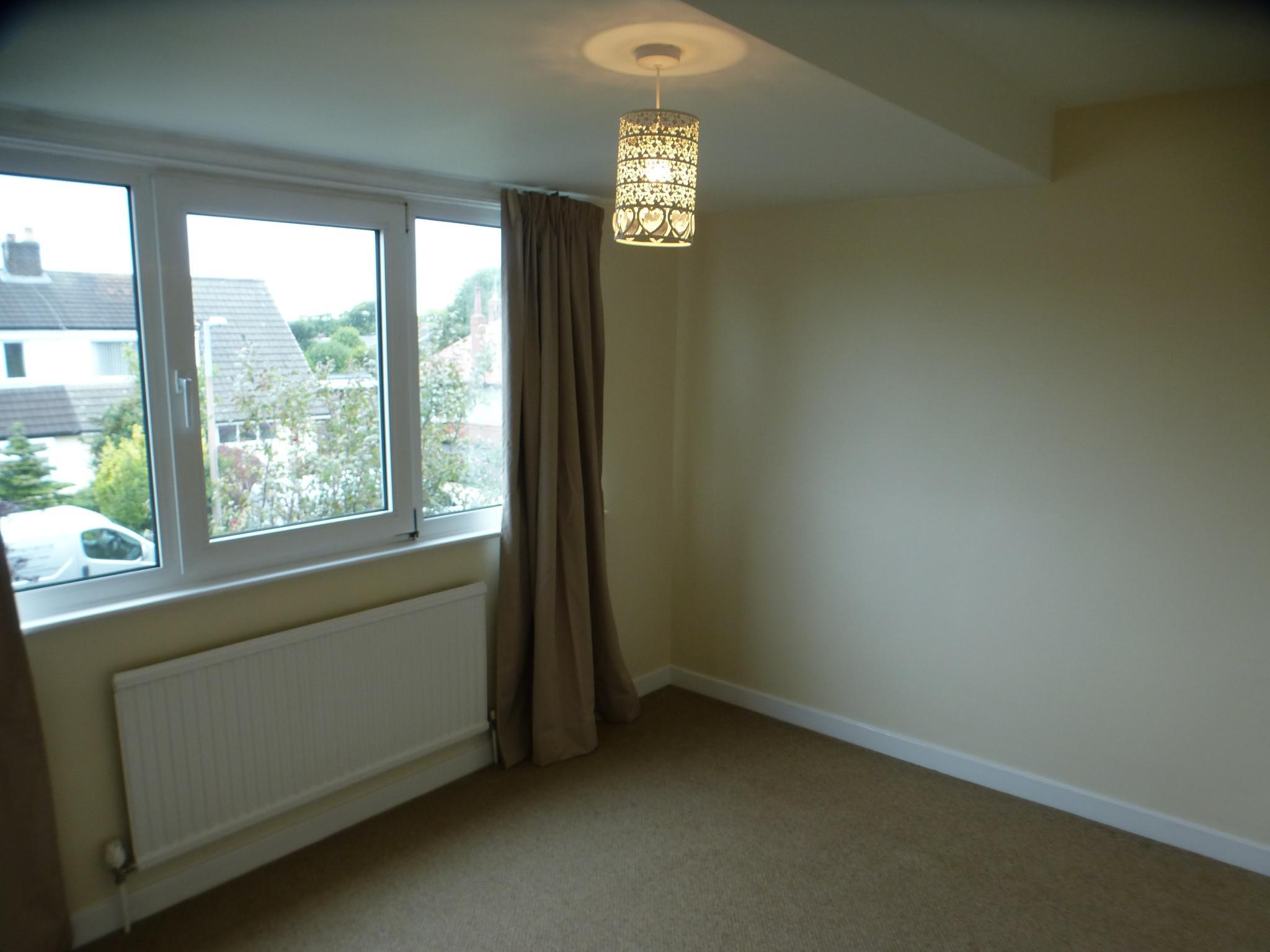 3 Bedroom Semi-detached House - Image 14