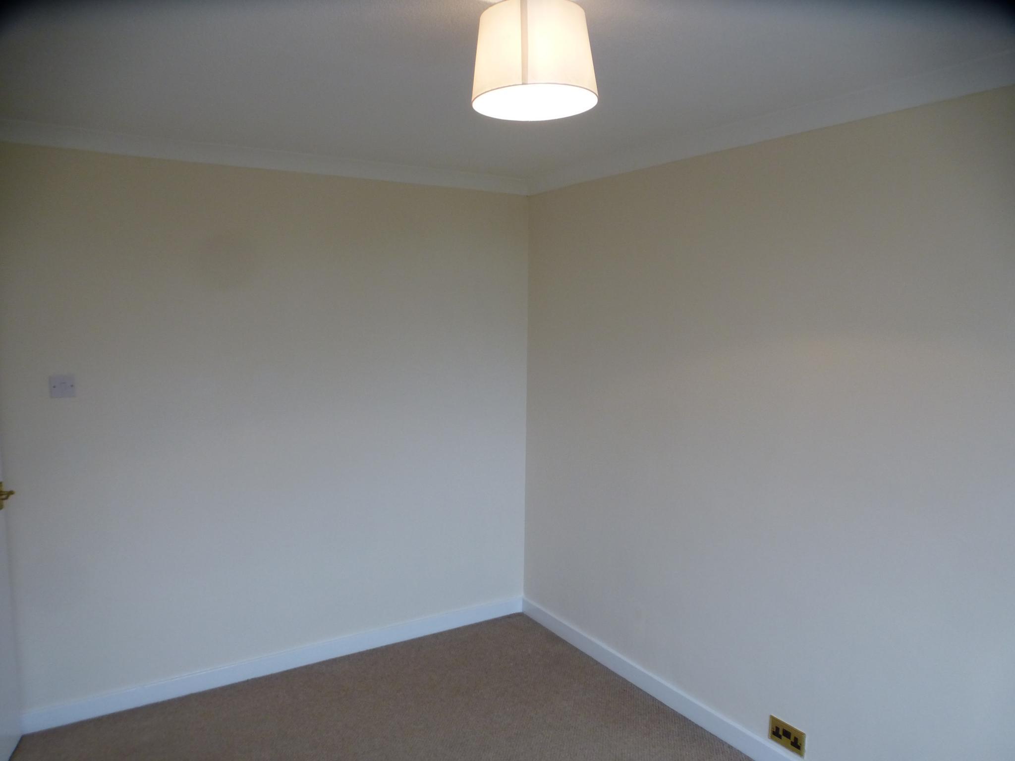 3 Bedroom Semi-detached House - Image 20