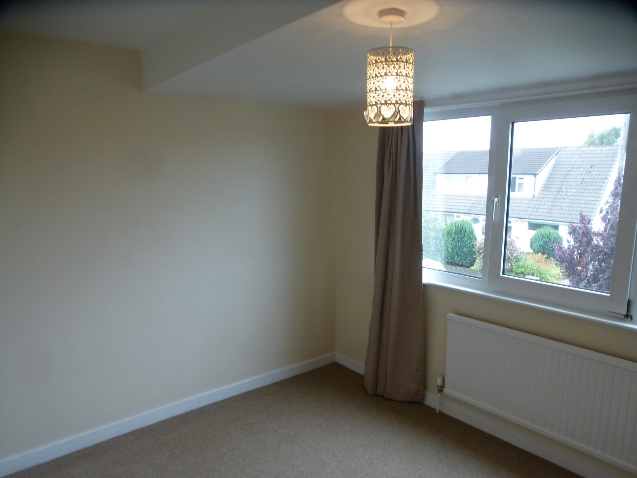 3 Bedroom Semi-detached House - Image 15