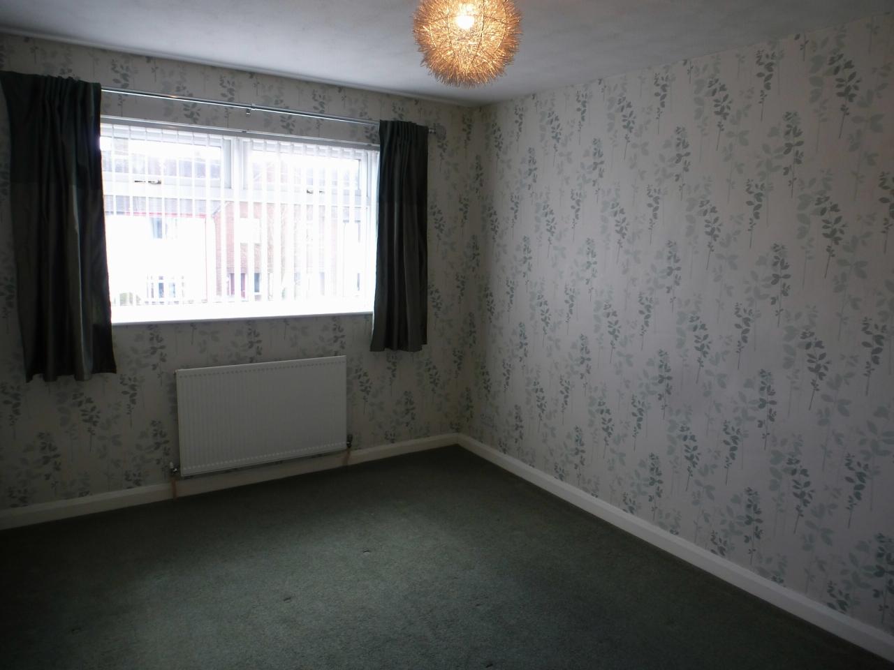 3 Bedroom Detached House Let Agreed - Image 12