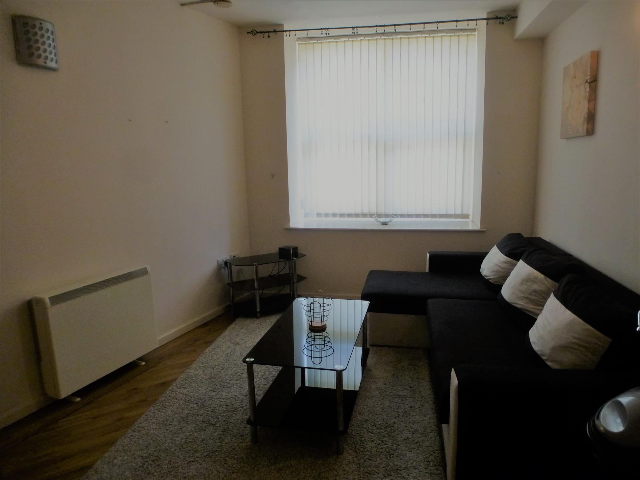 1 bedroom apartment flat/apartment Let Agreed in Preston - Lounge