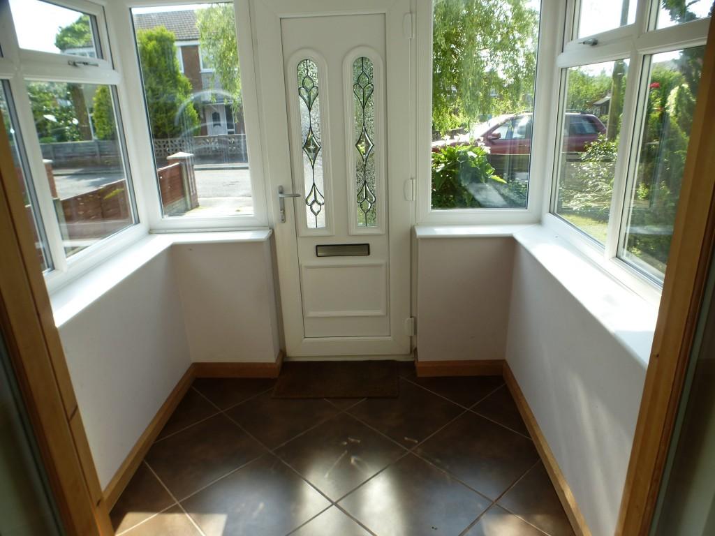 3 bedroom semi-detached house For Sale in Preston - Porch