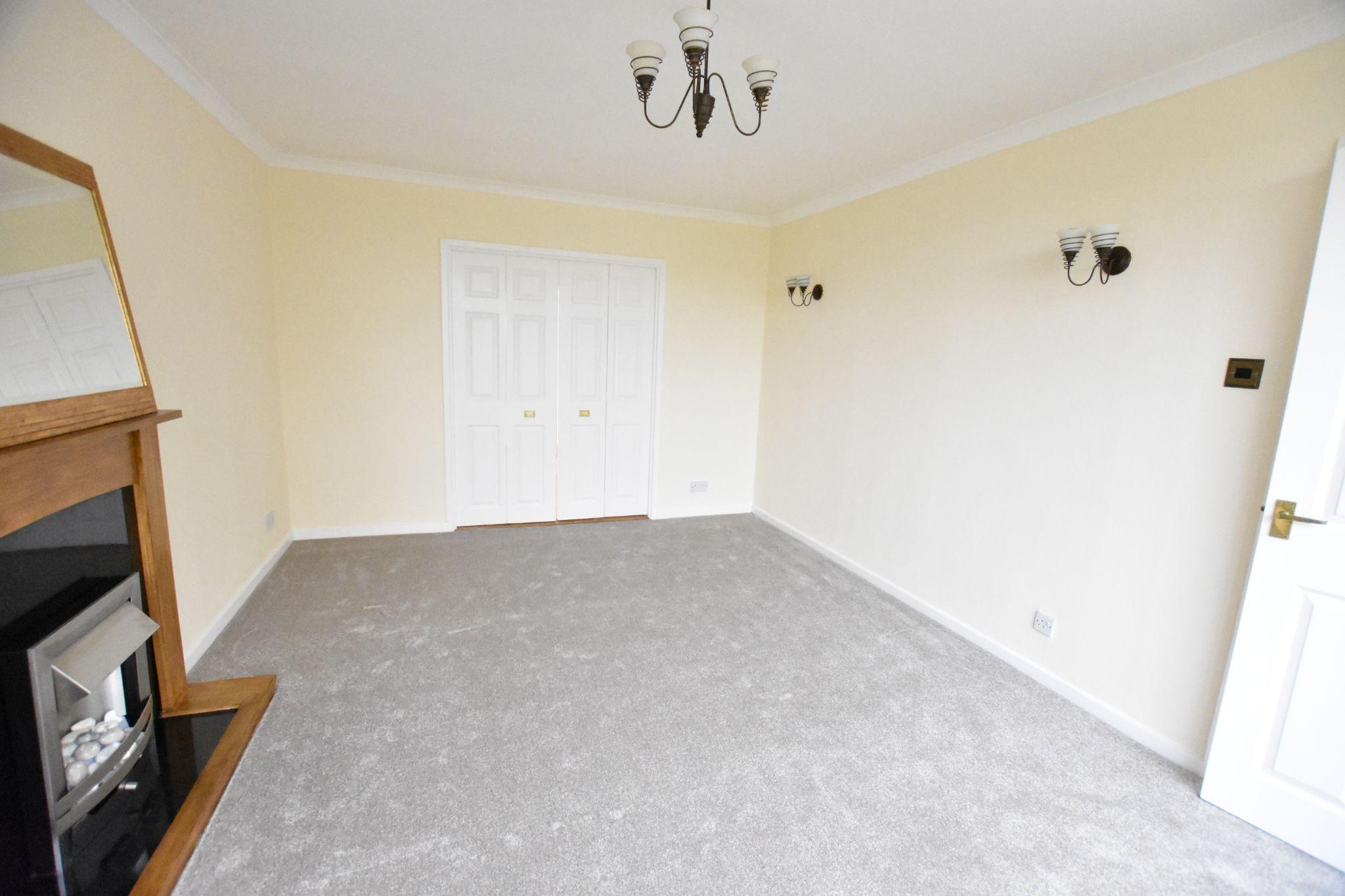 3 bedroom semi-detached house For Sale in Preston - Lounge