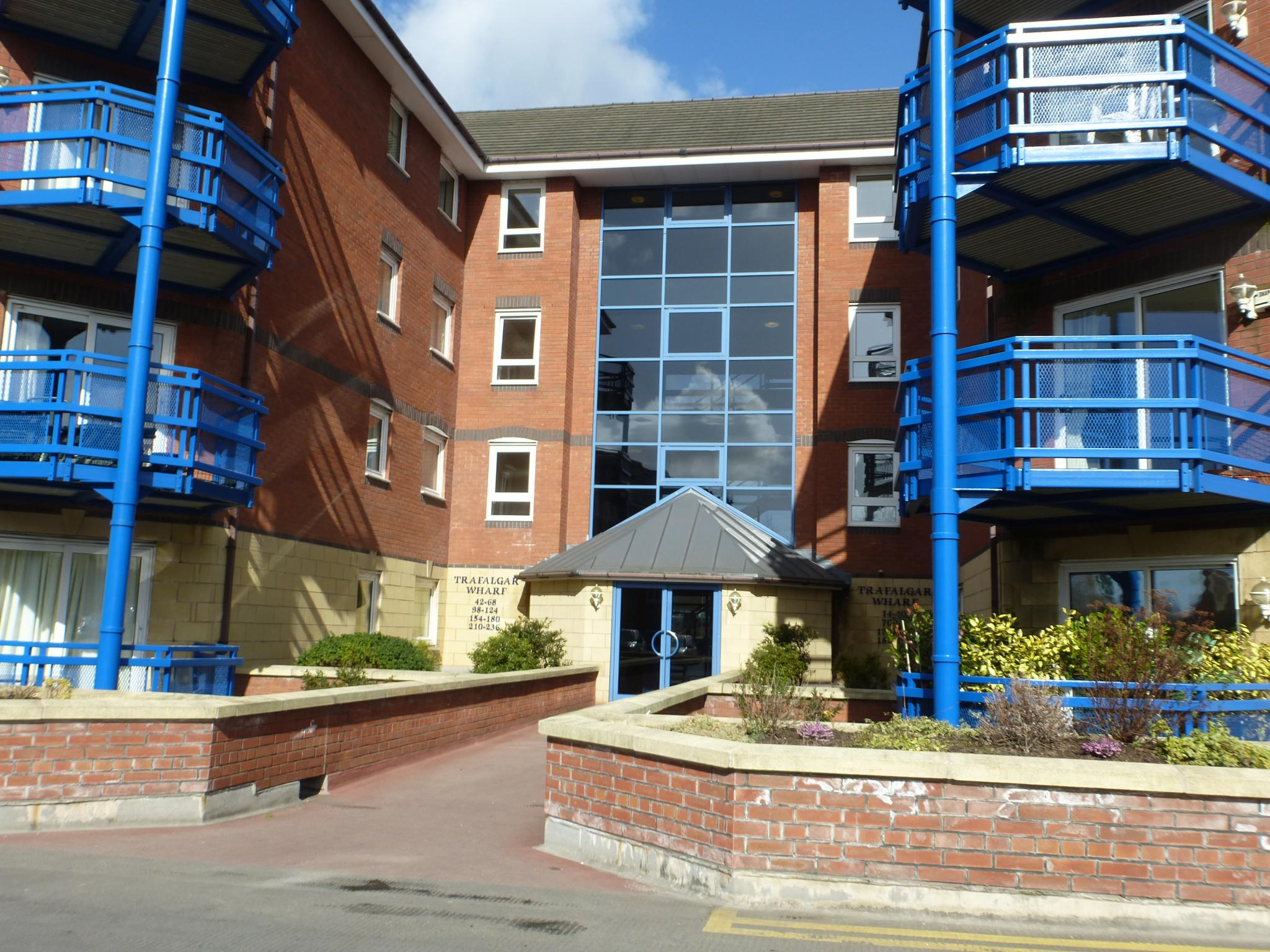 2 bedroom flat flat/apartment To Let in Preston - Property photograph