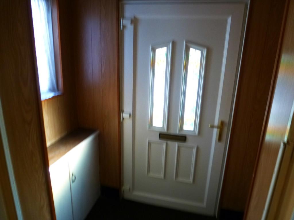 3 Bedroom Semi-detached House Let Agreed - Image 1