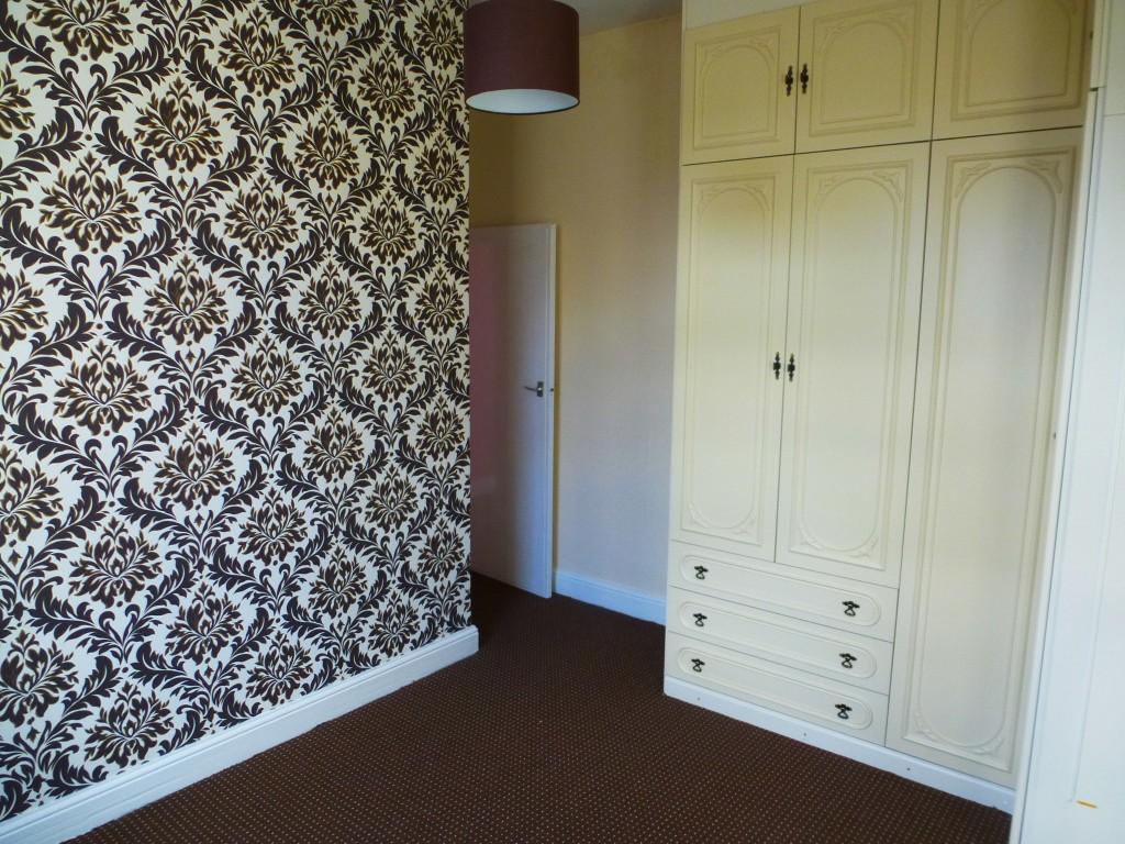 3 Bedroom Semi-detached House - Image 6
