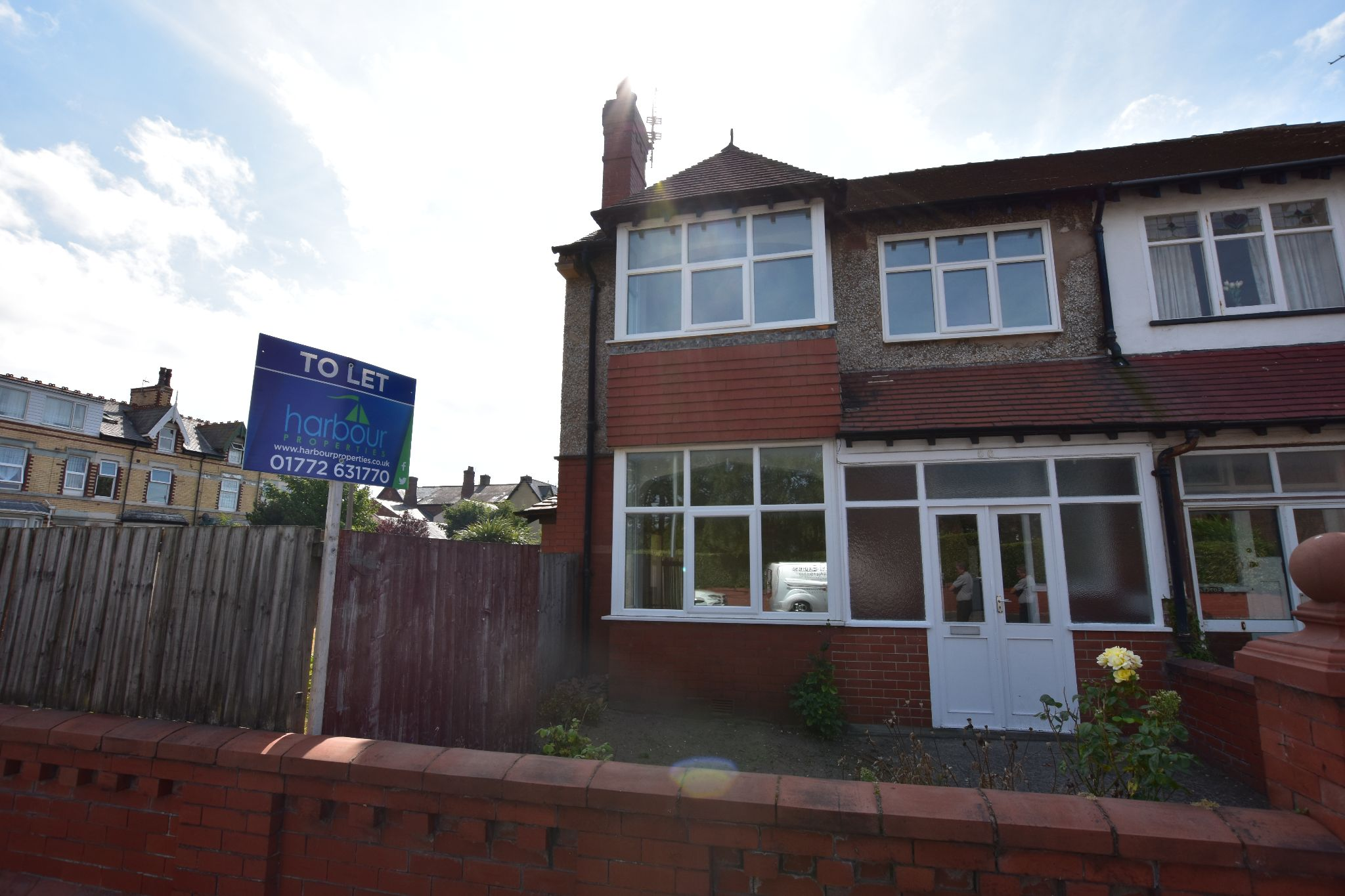 3 bedroom semi-detached house To Let in Lytham St. Annes - Property photograph