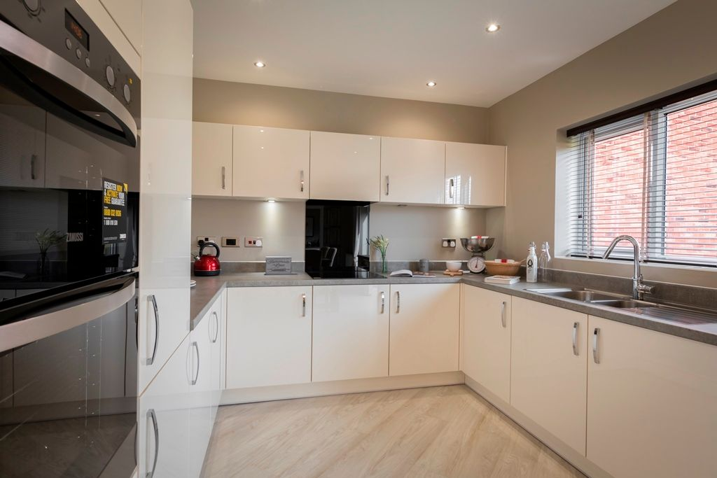 4 bedroom detached house For Sale in Warton - Property photograph