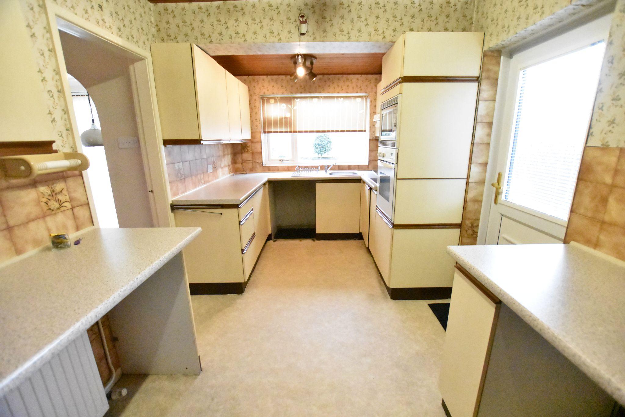 3 bedroom semi-detached house Sold STC in Preston - Kitchen