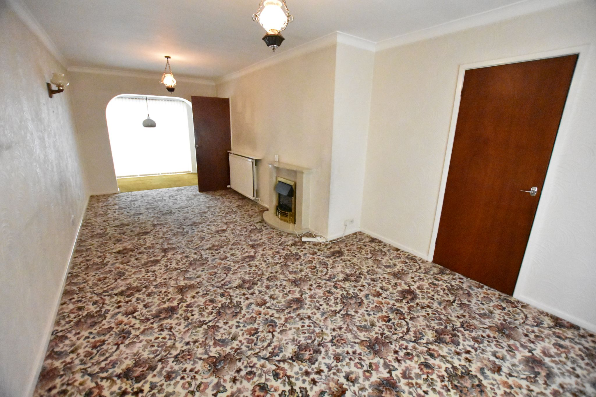 3 bedroom semi-detached house Sold STC in Preston - Lounge