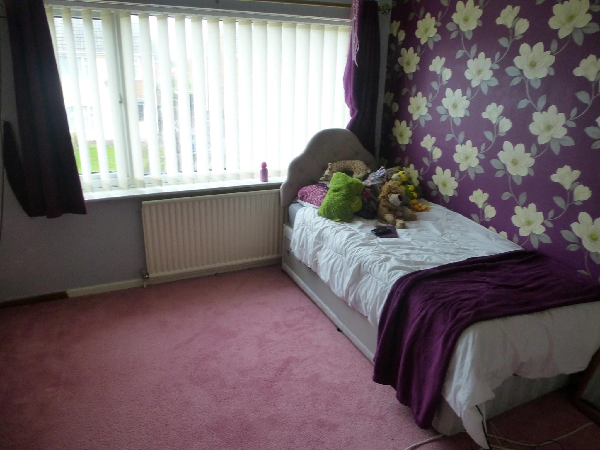 4 bedroom semi-detached house For Sale in Preston - Bedroom 1