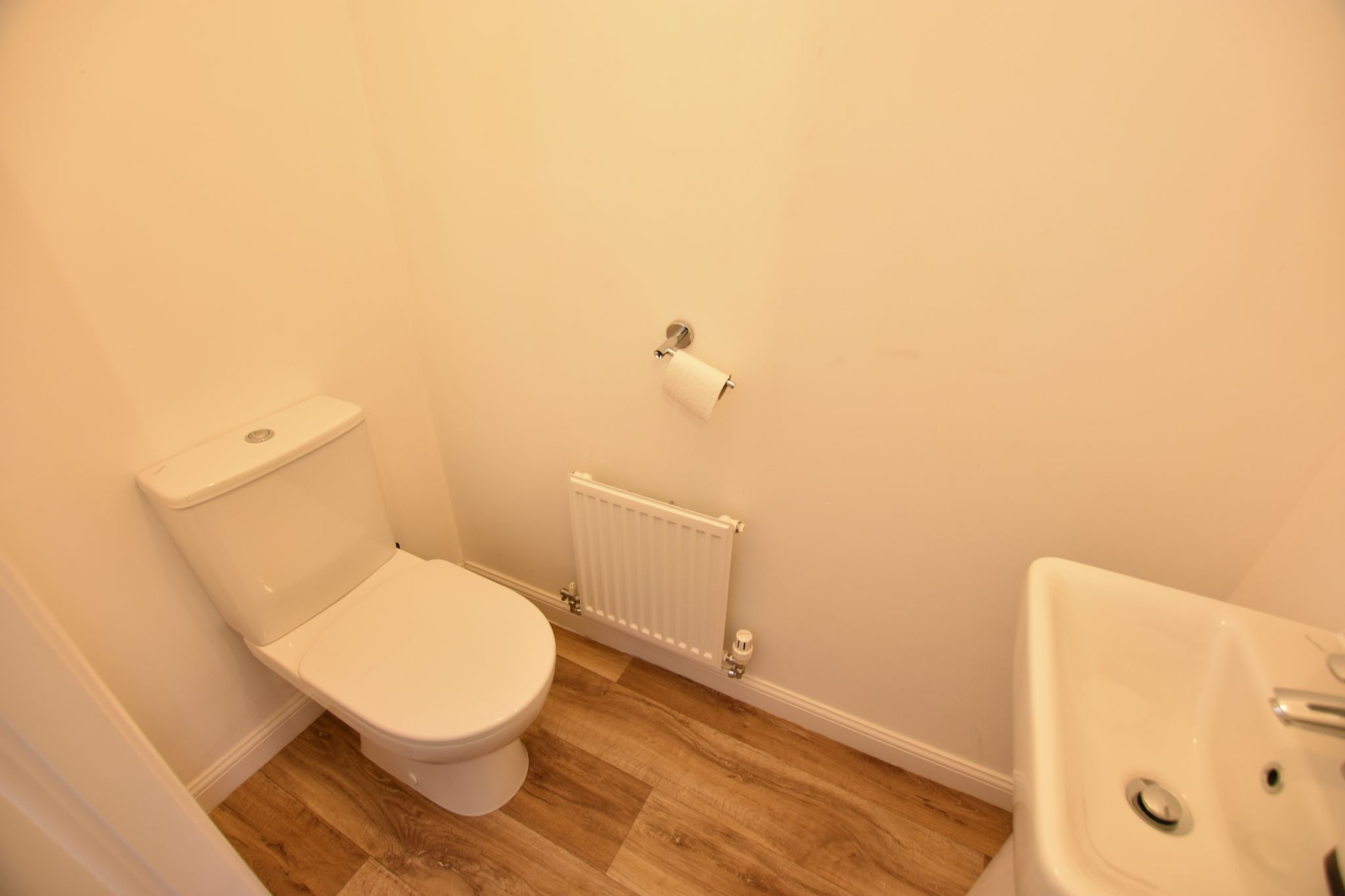 3 bedroom mid terraced house For Sale in Preston - WC