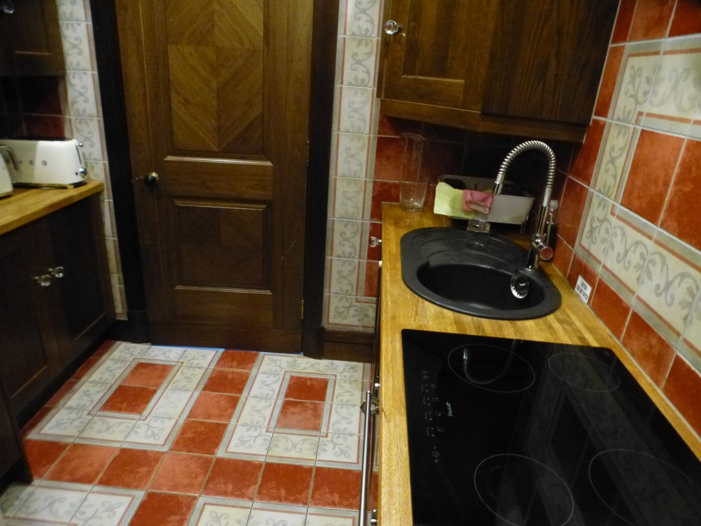 2 Bedroom Apartment Flat/apartment - Image 13