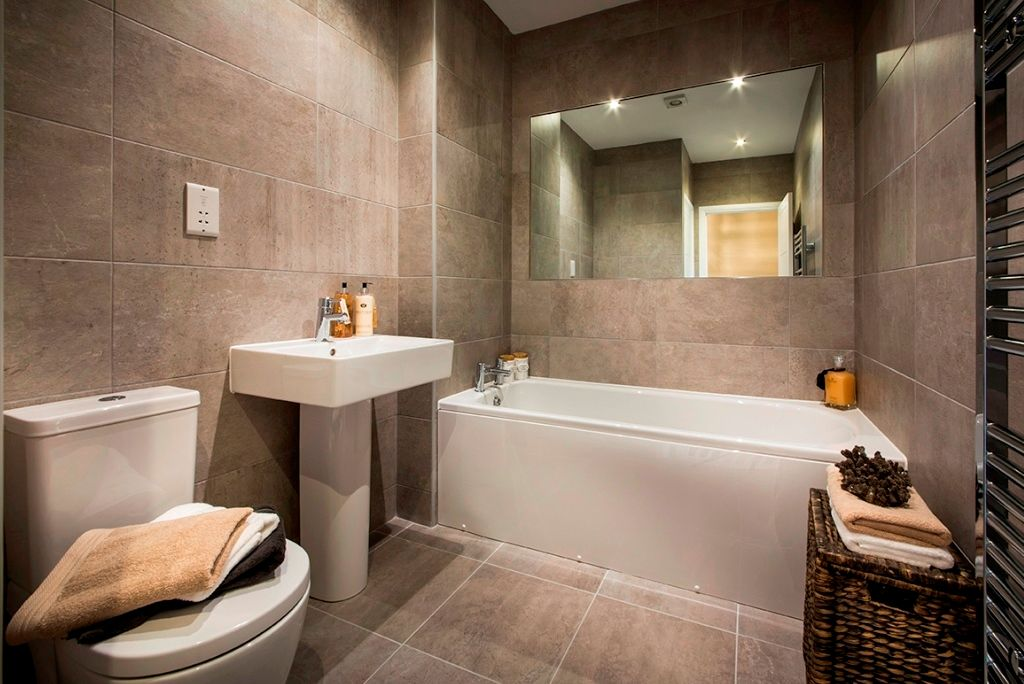 3 bedroom semi-detached house For Sale in Warton - Bathroom