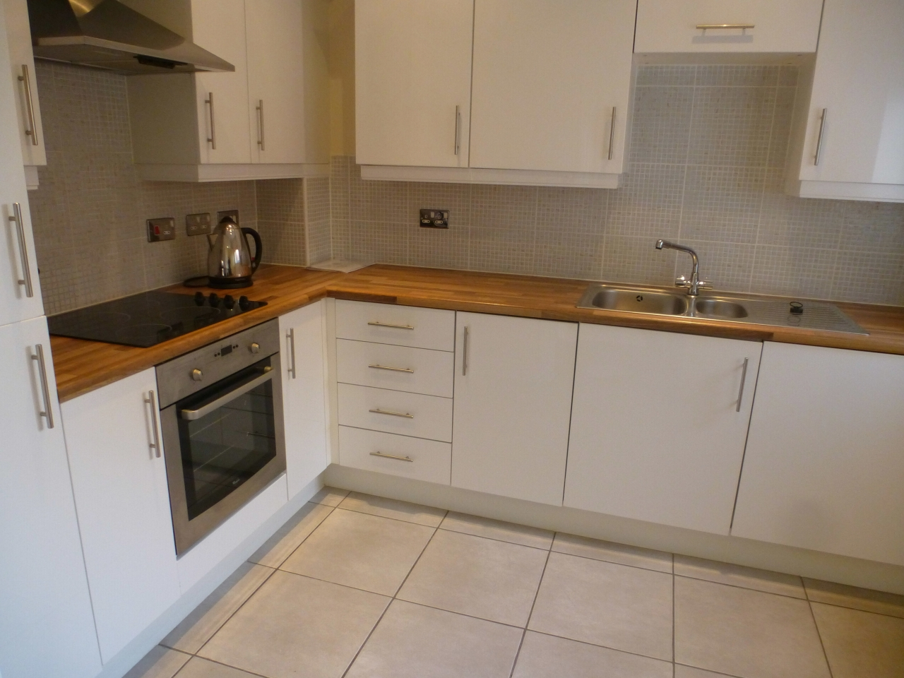 2 bedroom apartment flat/apartment To Let in Lytham St Annes - Property photograph