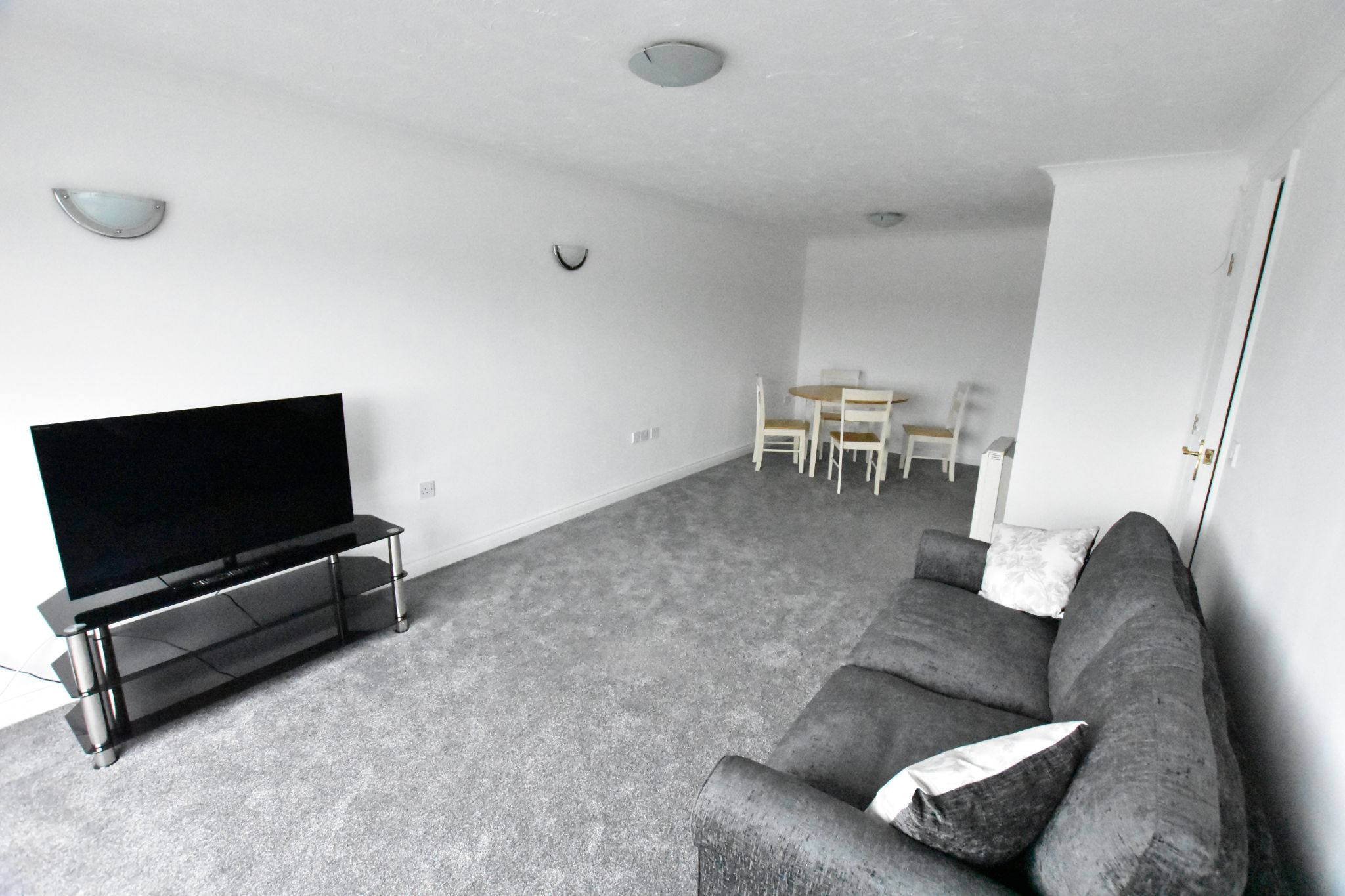 2 bedroom apartment flat/apartment Let Agreed in Preston - Property photograph