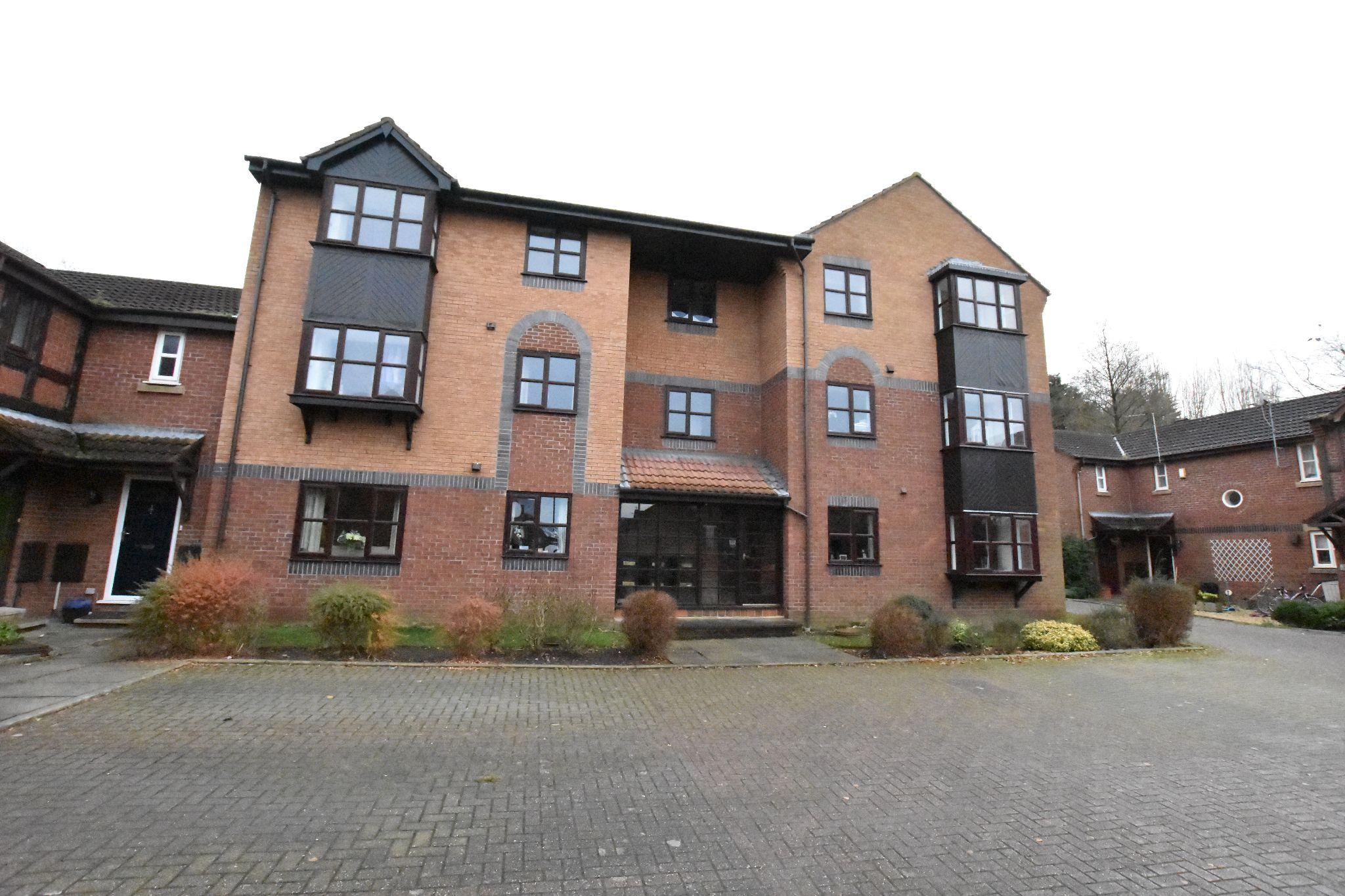 2 bedroom apartment flat/apartment To Let in Lytham St. Annes - Property photograph