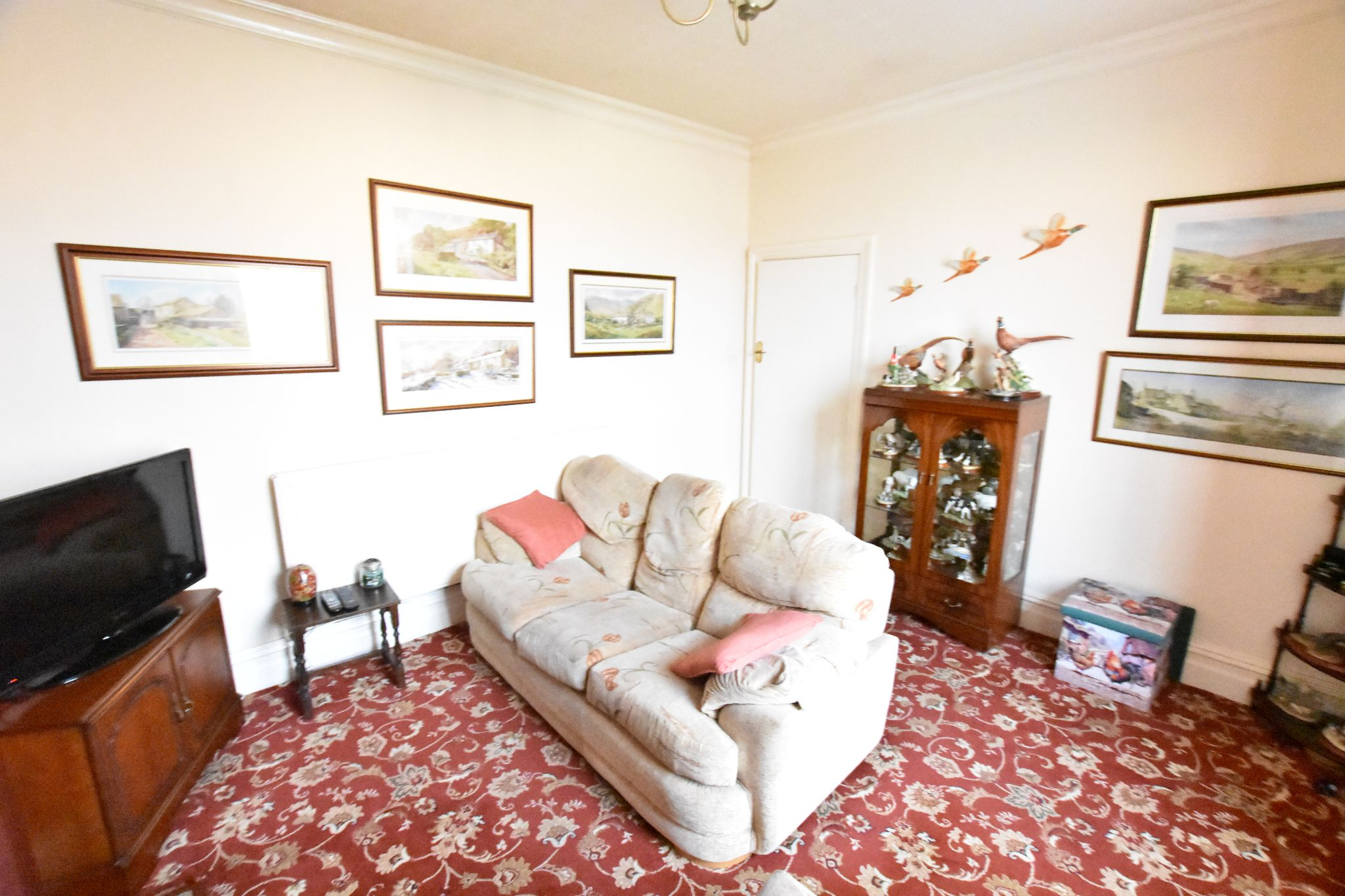 2 bedroom detached bungalow Sold STC in Preston - Lounge