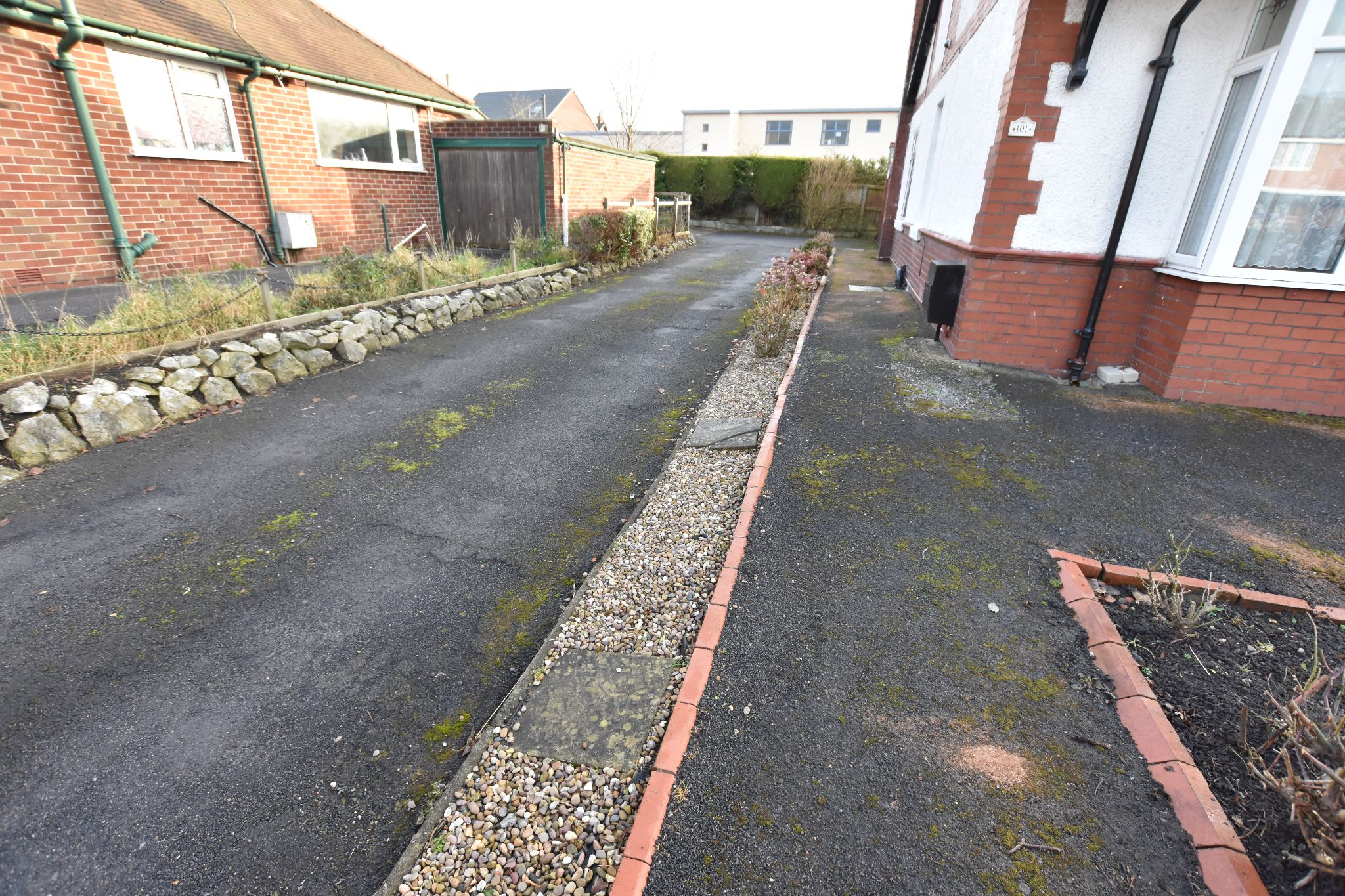 2 bedroom detached bungalow Sold STC in Preston - Driveway