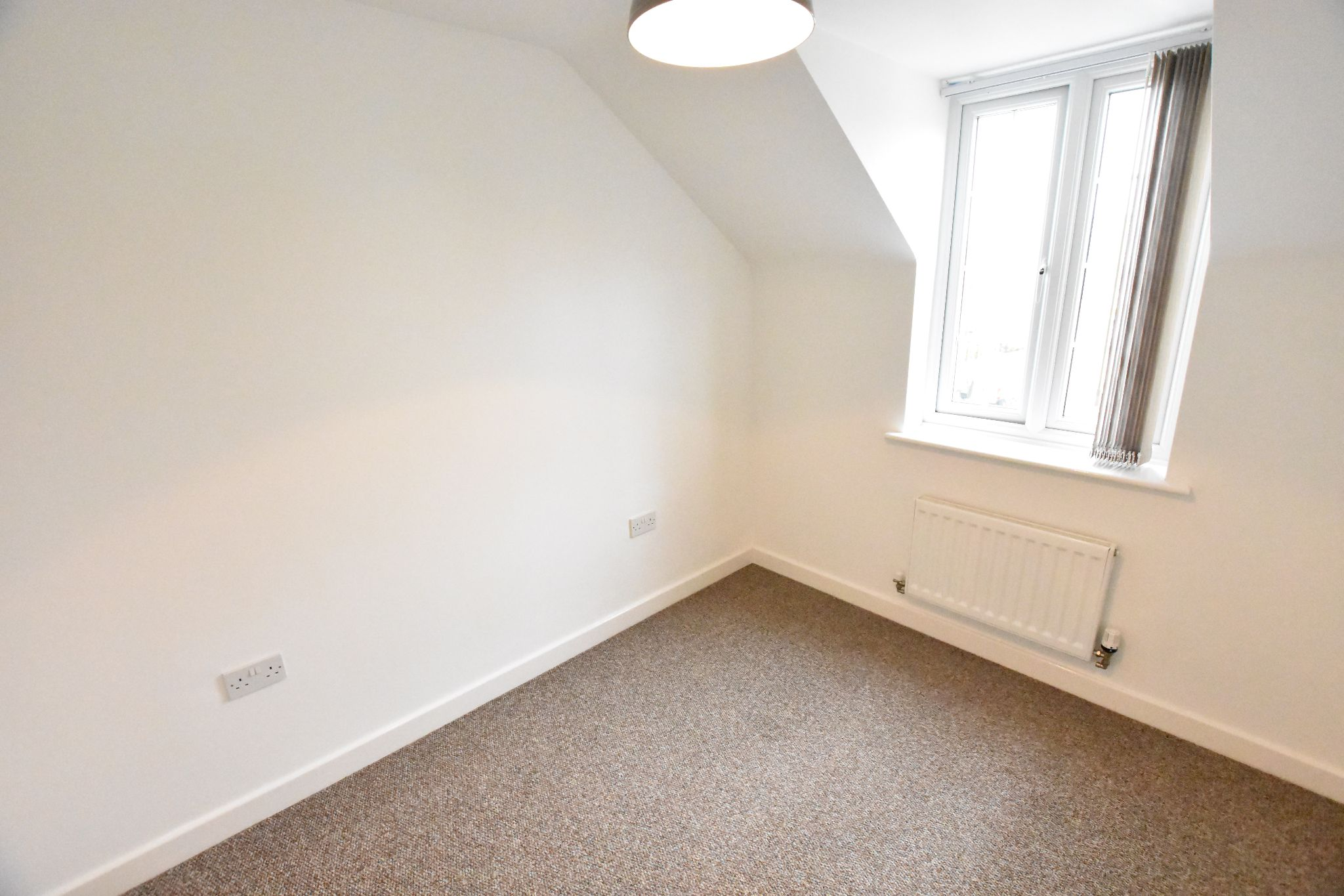 2 bedroom apartment flat/apartment To Let in Preston - Bedroom 2