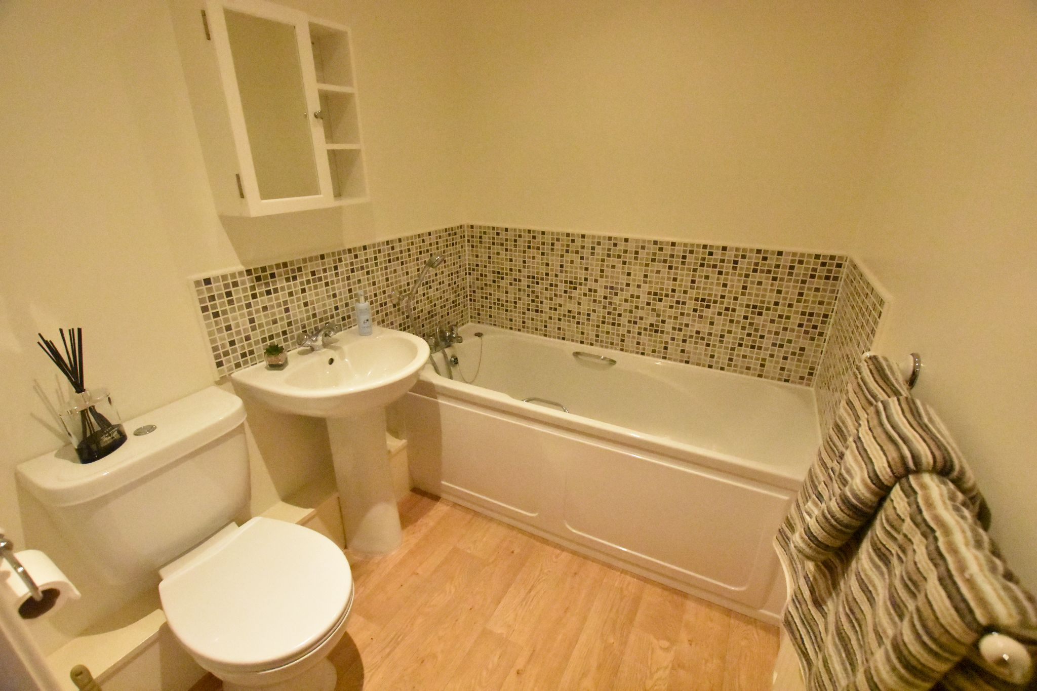 2 bedroom apartment flat/apartment To Let in Preston - Bathroom