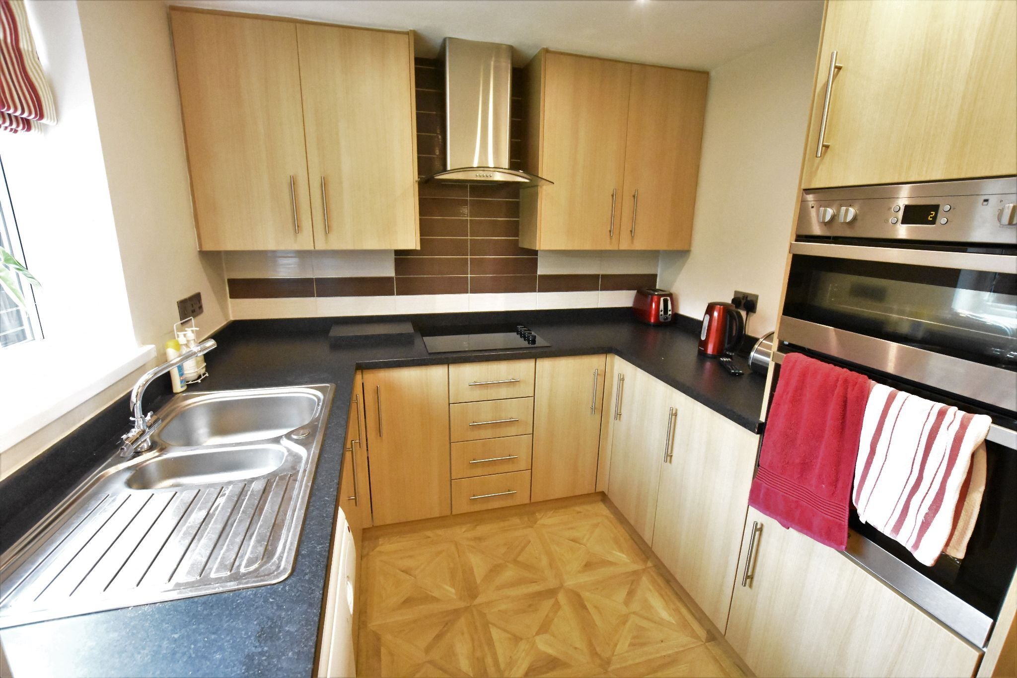 5 bedroom detached house For Sale in Preston - Property photograph