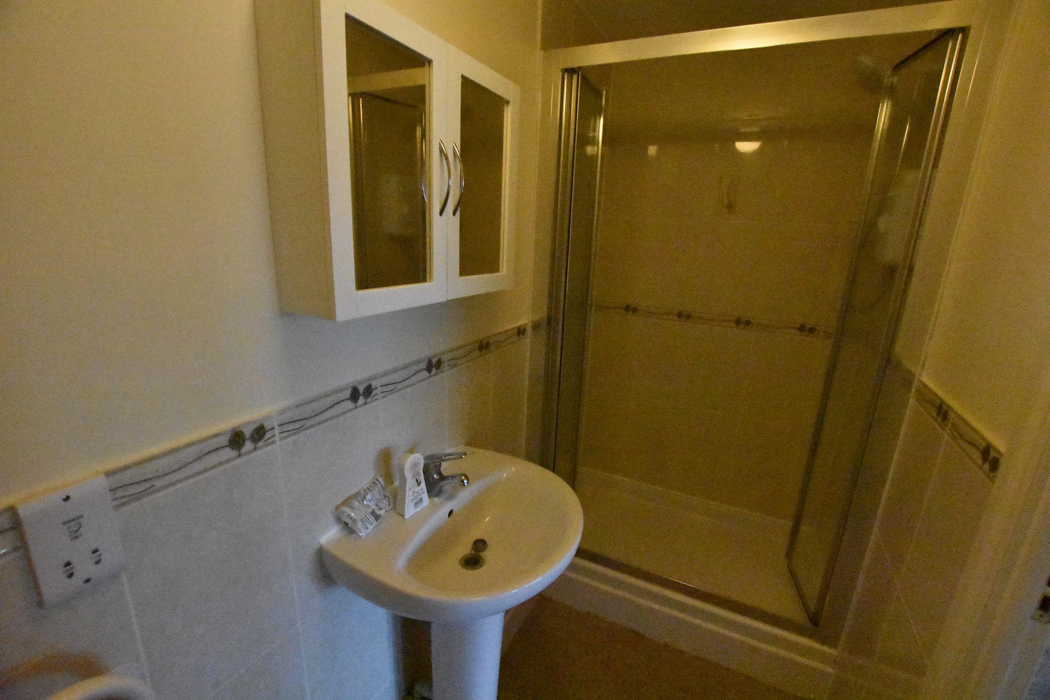 2 bedroom apartment flat/apartment Sold STC in Preston - En Suite