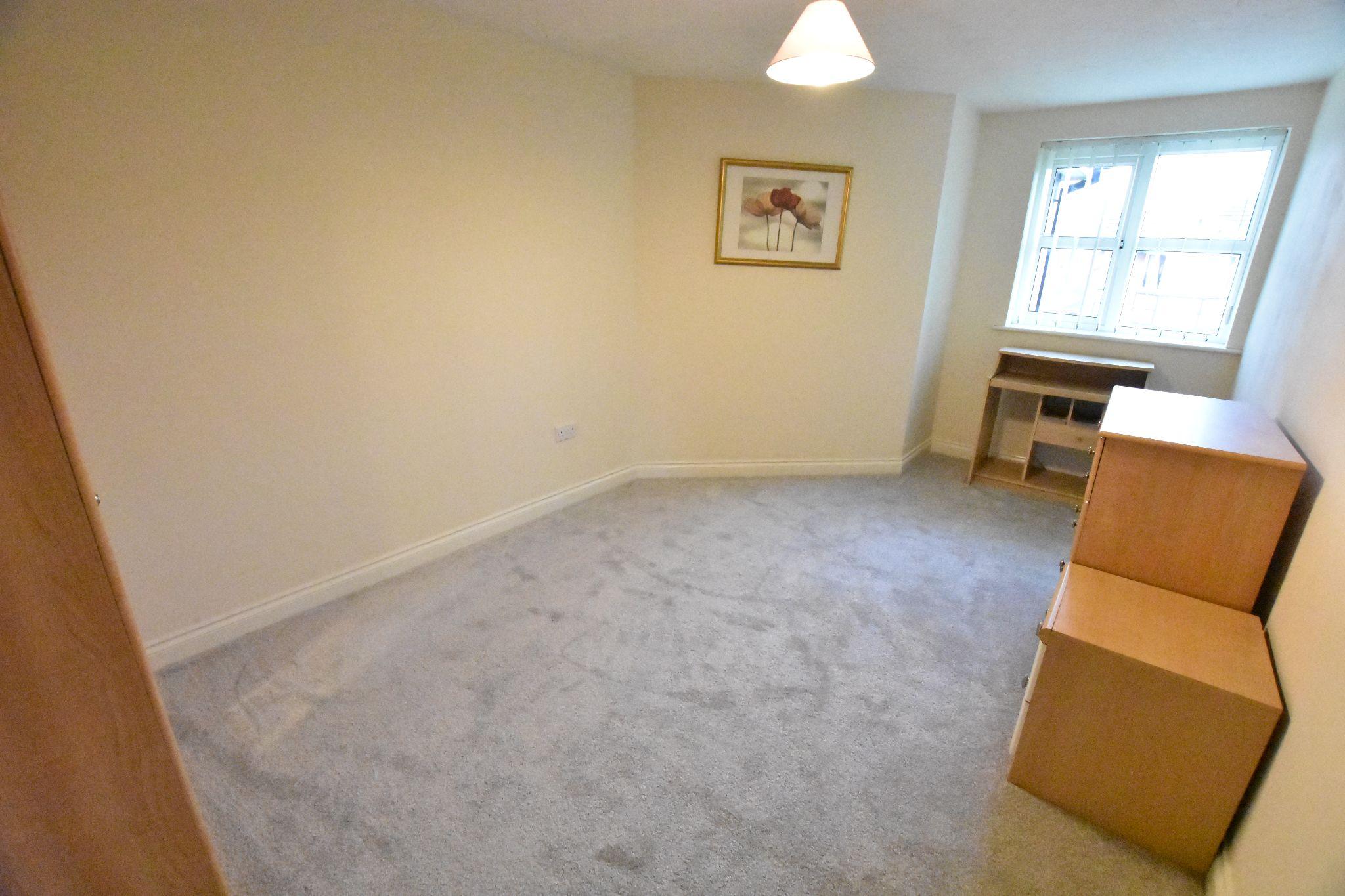 2 bedroom apartment flat/apartment Sold STC in Preston - Bedroom 2