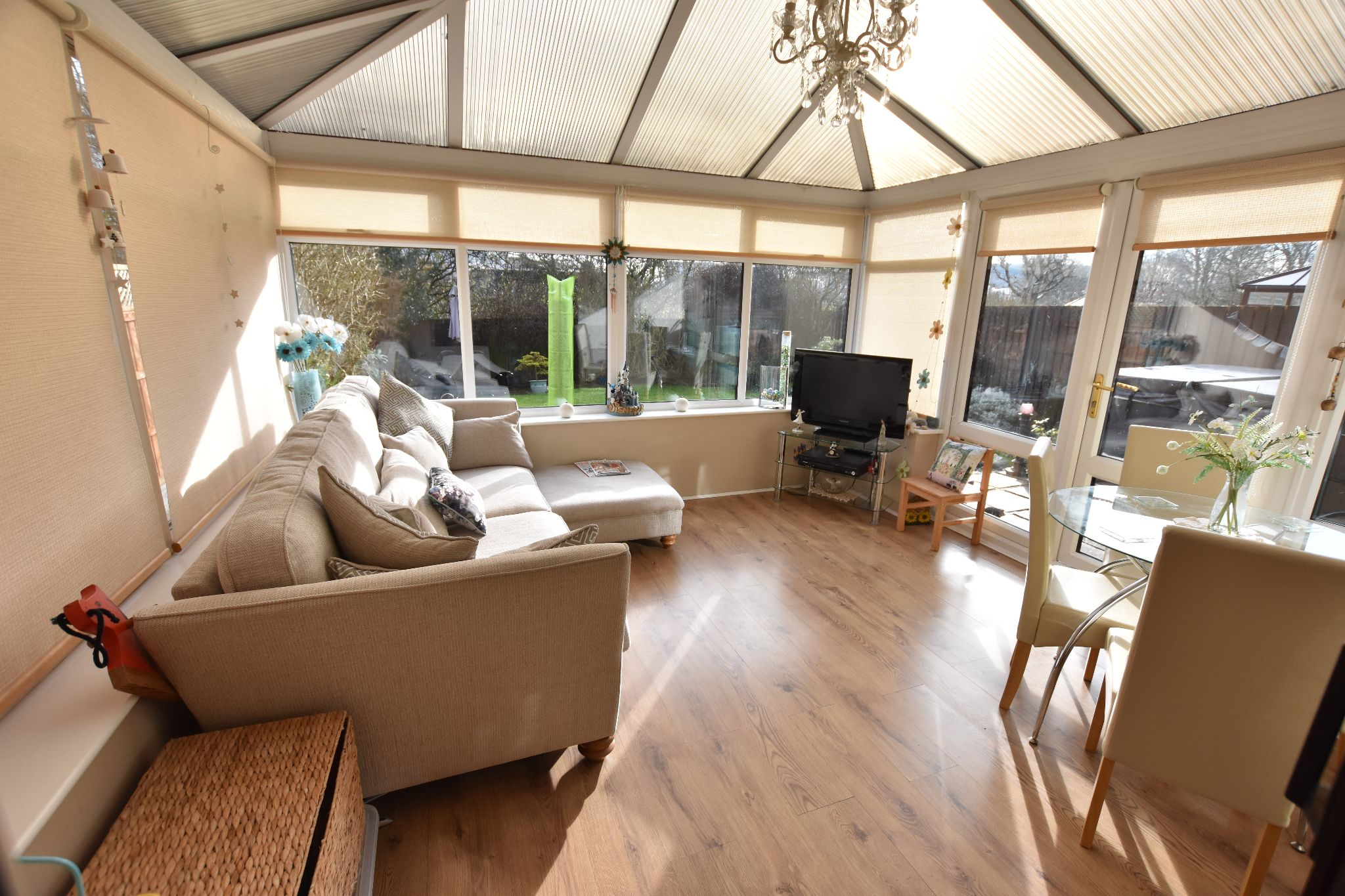 4 bedroom detached house Sold STC in Lytham St. Annes - Conservatory