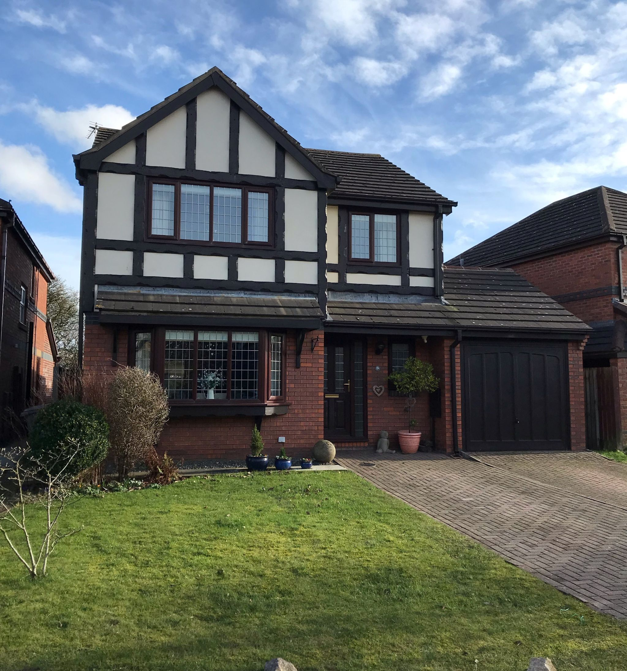 4 bedroom detached house Sold STC in Lytham St. Annes - Cheviot Avenue