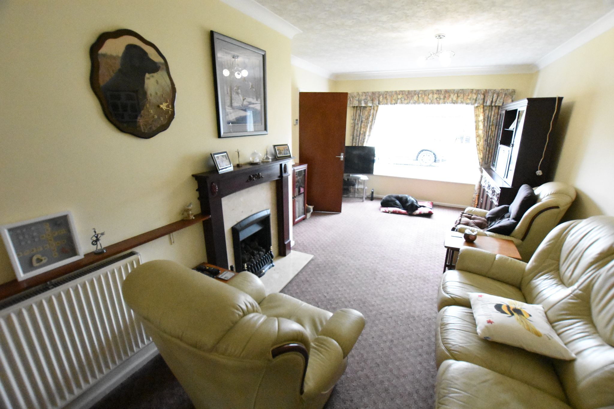 4 bedroom semi-detached house For Sale in Preston - Property photograph