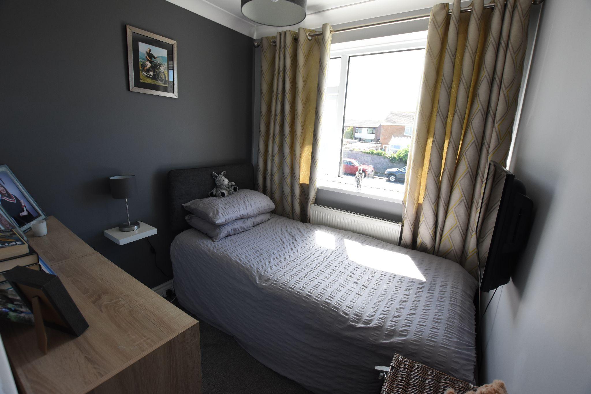 3 bedroom semi-detached house Sold STC in Preston - Bedroom 3